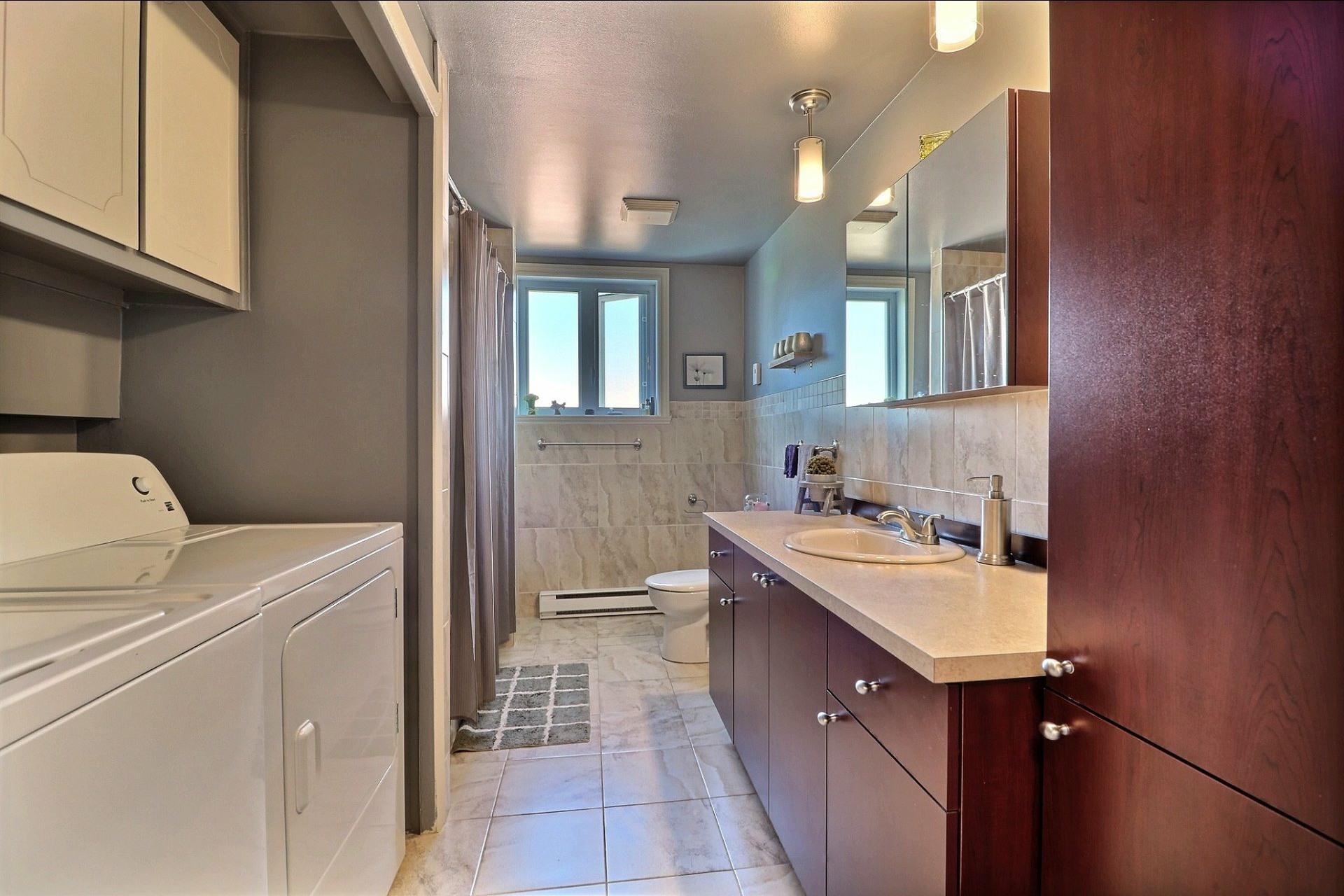 image 12 - Triplex For sale Laval Vimont  - 6 rooms
