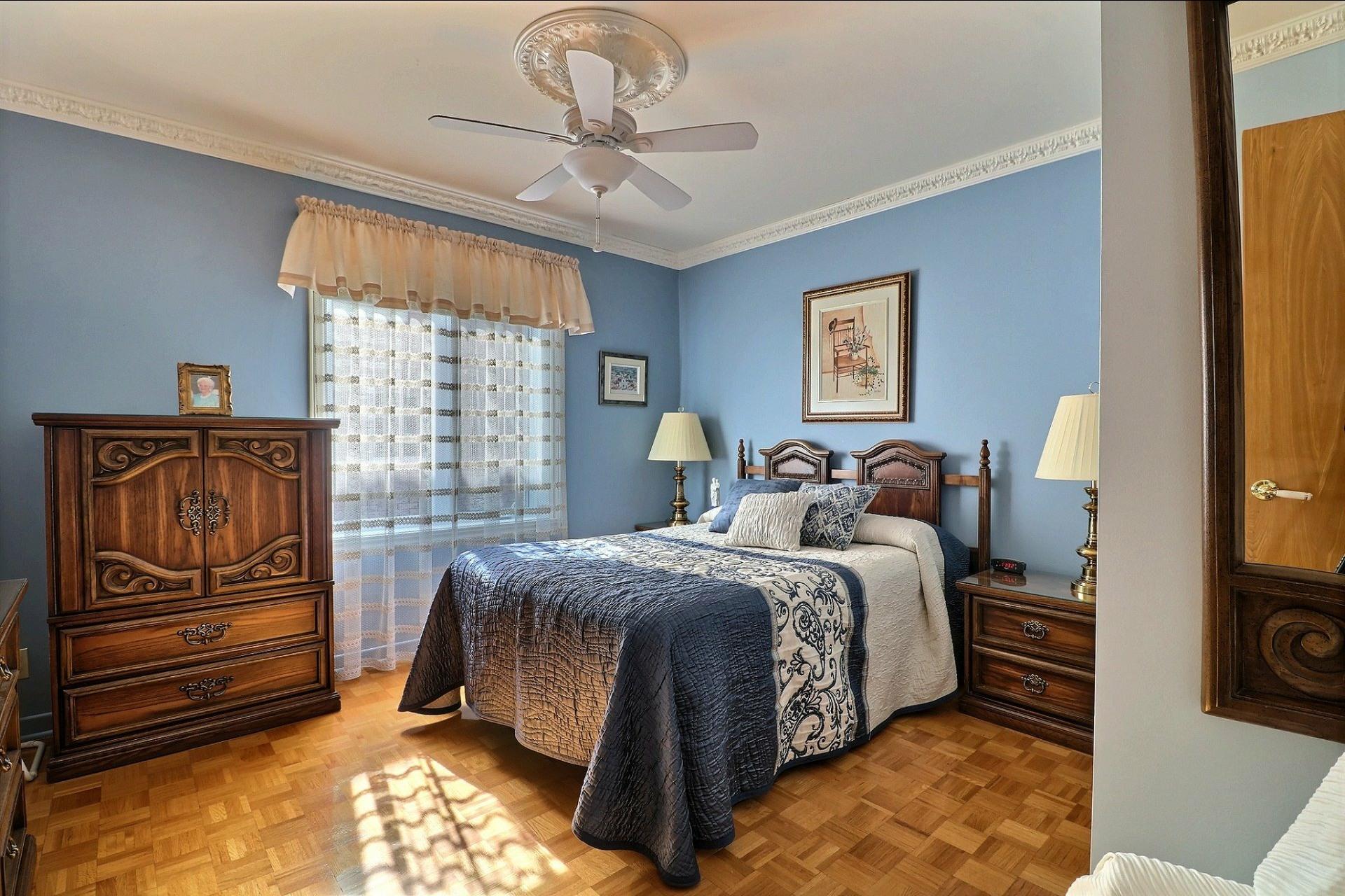 image 22 - Triplex For sale Laval Vimont  - 6 rooms