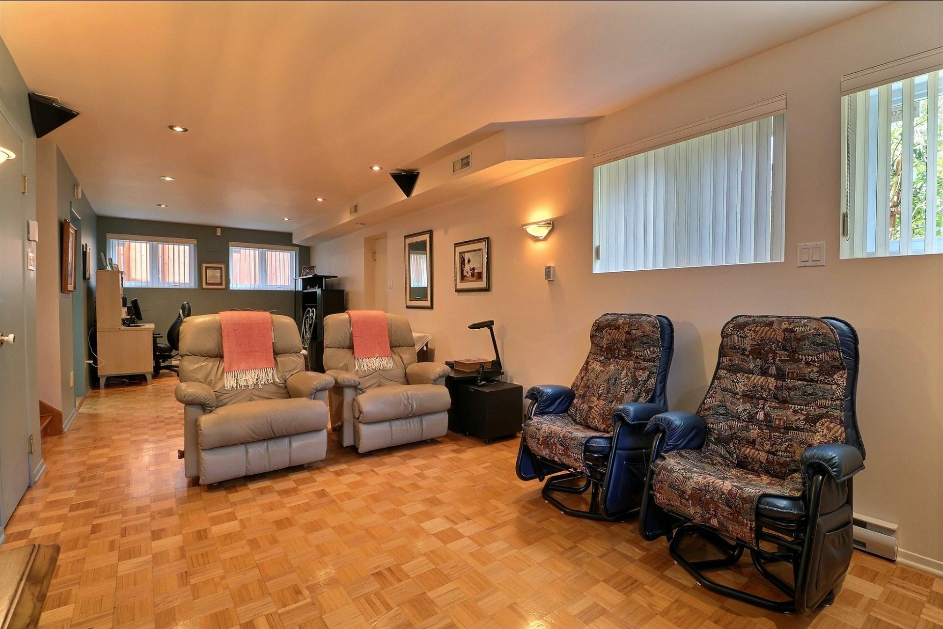image 25 - Triplex For sale Laval Vimont  - 6 rooms