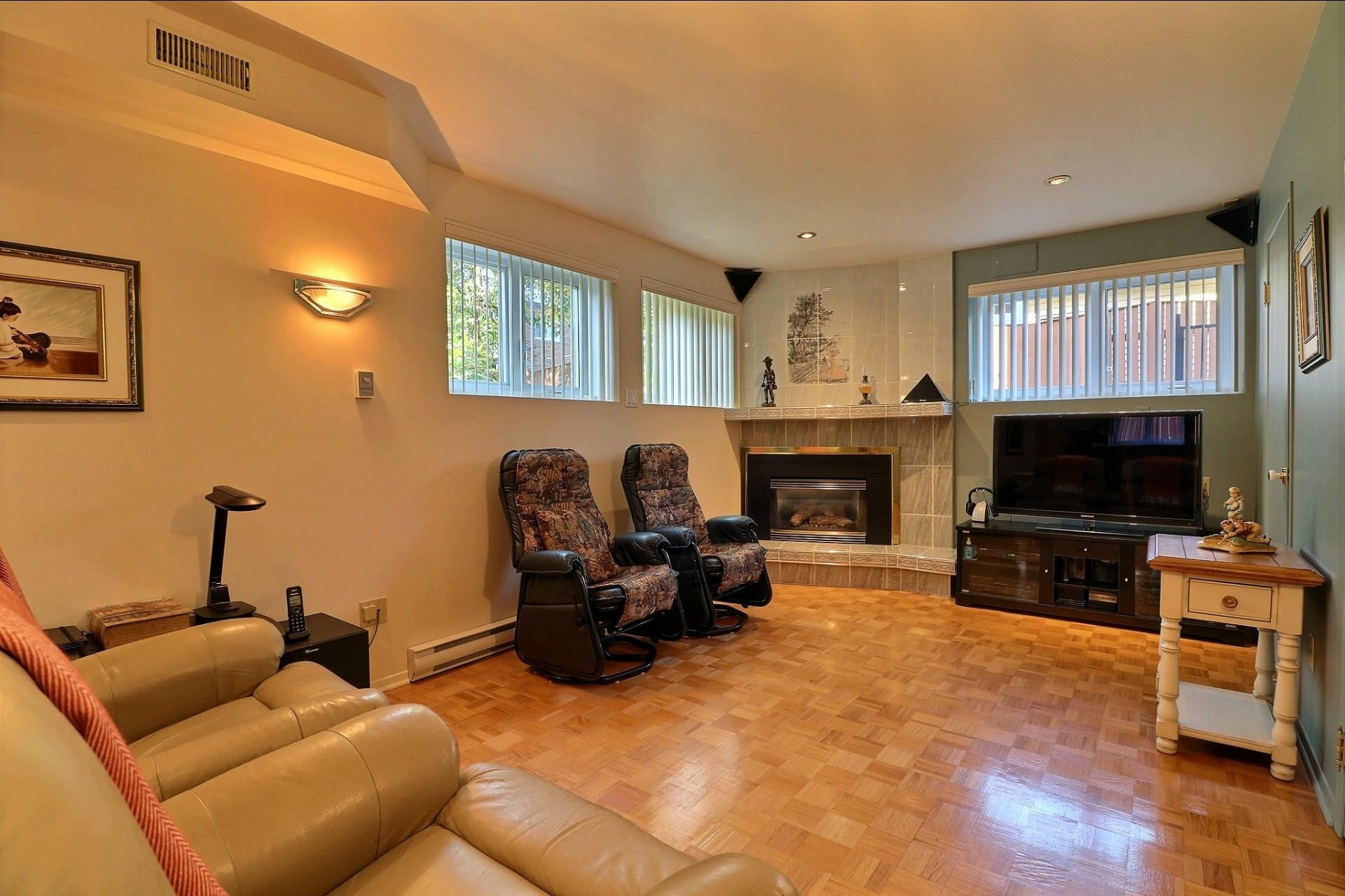 image 24 - Triplex For sale Laval Vimont  - 6 rooms