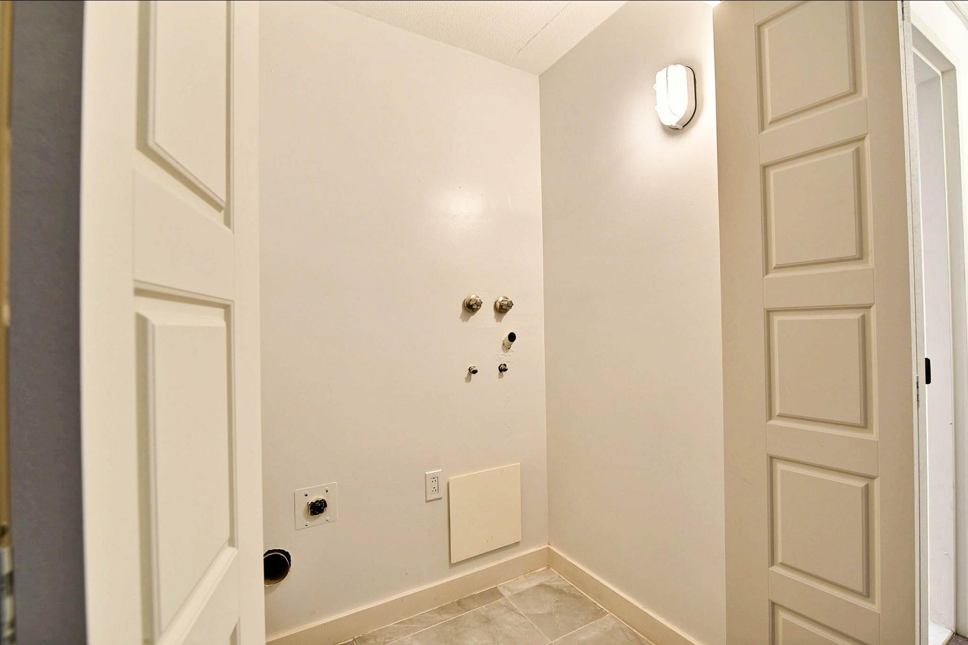 image 13 - Apartment For sale Montréal Mercier/Hochelaga-Maisonneuve  - 7 rooms