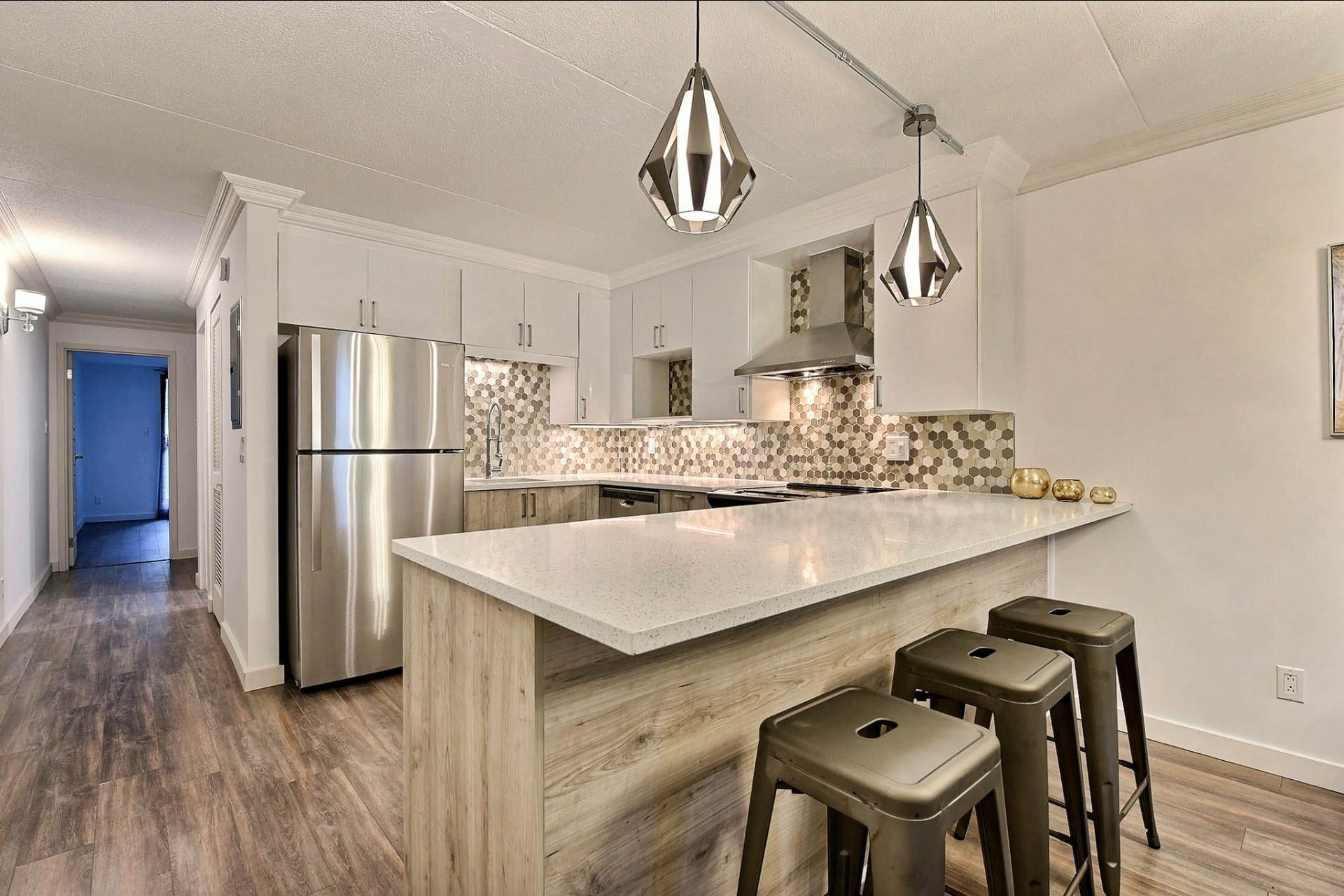 image 1 - Apartment For sale Montréal Mercier/Hochelaga-Maisonneuve  - 7 rooms