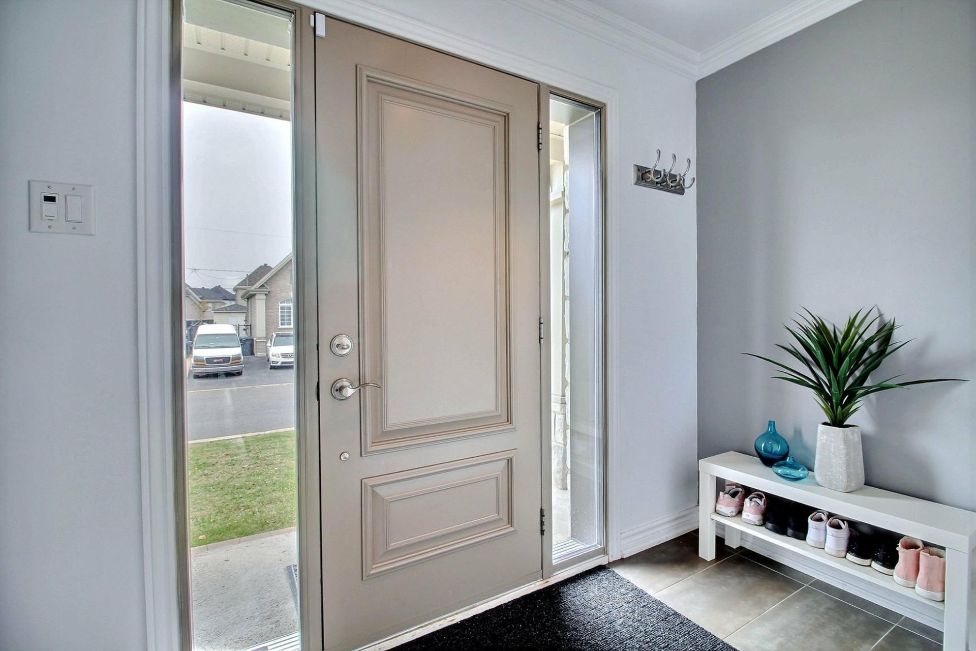 image 1 - House For sale Terrebonne Lachenaie  - 15 rooms