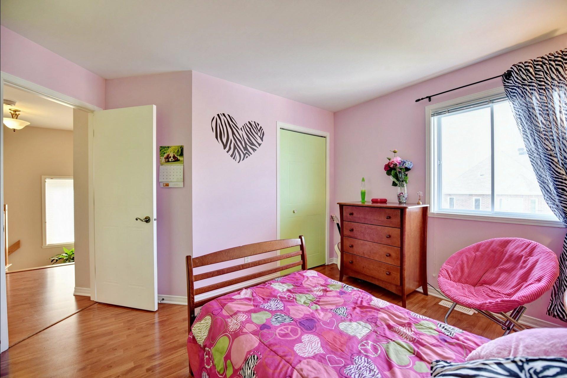 image 14 - Maison À vendre Laval Sainte-Dorothée  - 8 pièces