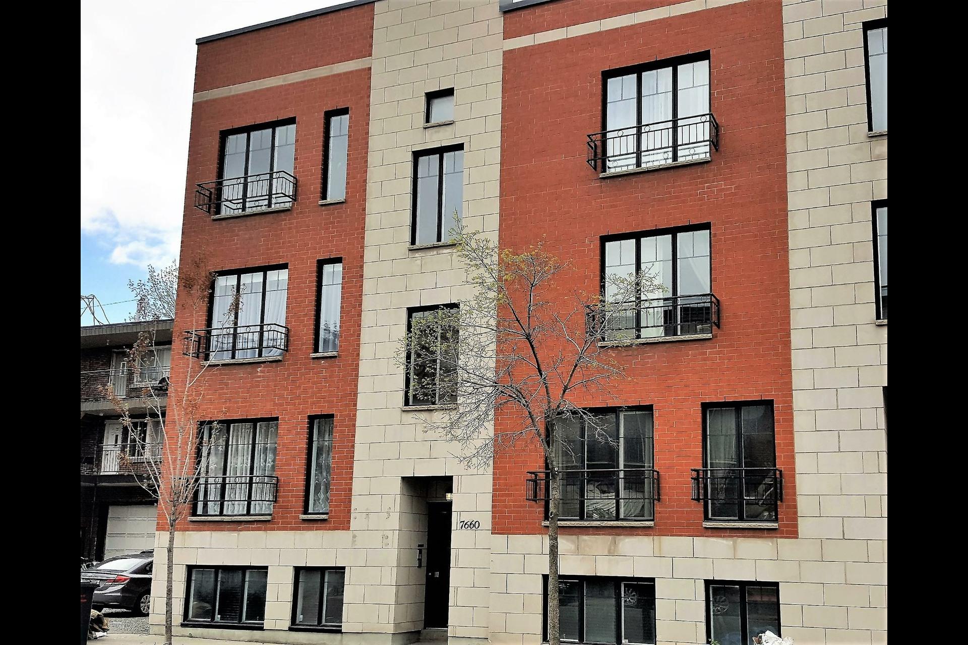 image 1 - Appartement À vendre Montréal Villeray/Saint-Michel/Parc-Extension  - 4 pièces