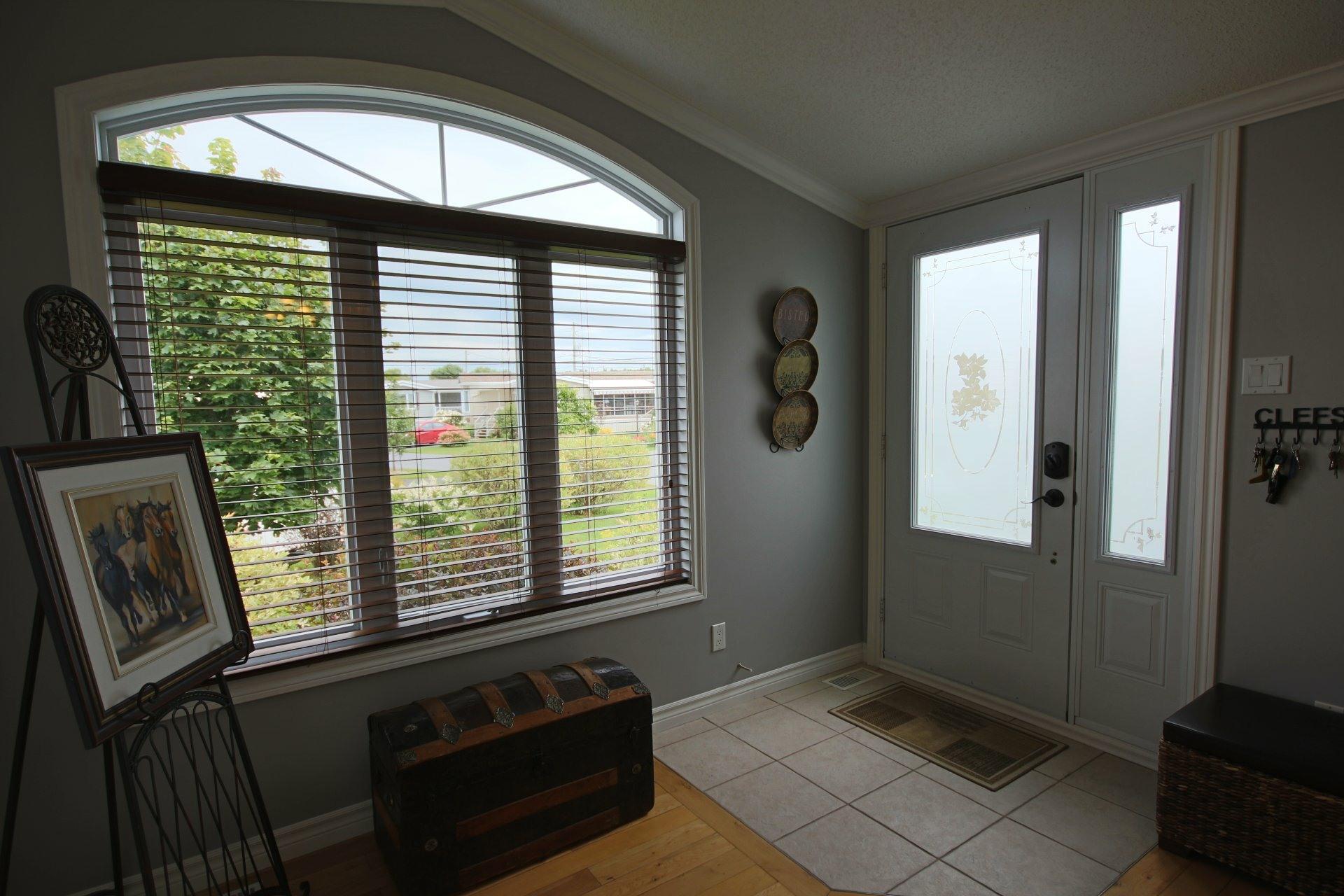 image 3 - Maison À vendre Sainte-Angèle-de-Monnoir - 7 pièces