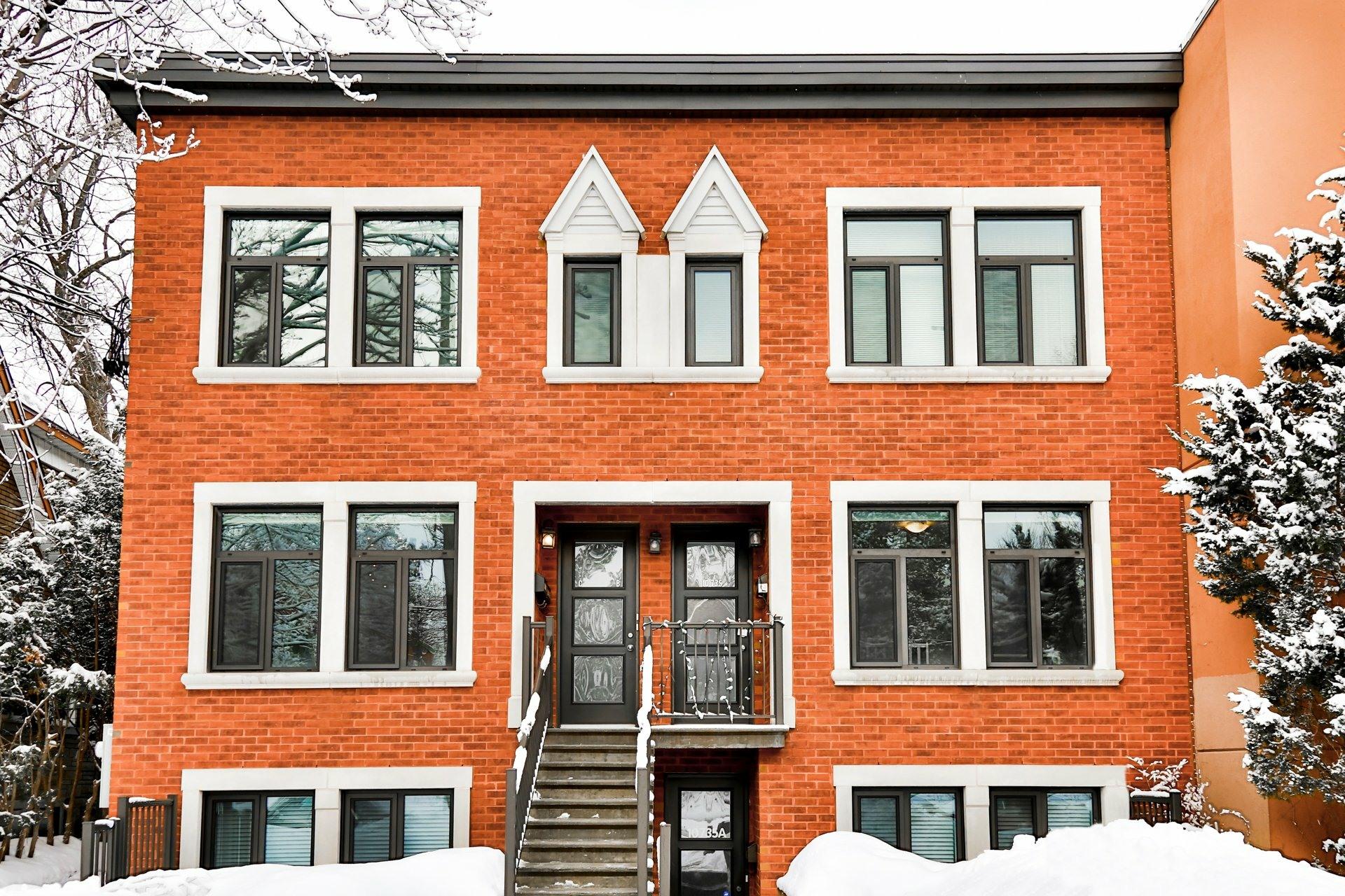 image 0 - Appartement À vendre Montréal Ahuntsic-Cartierville  - 11 pièces