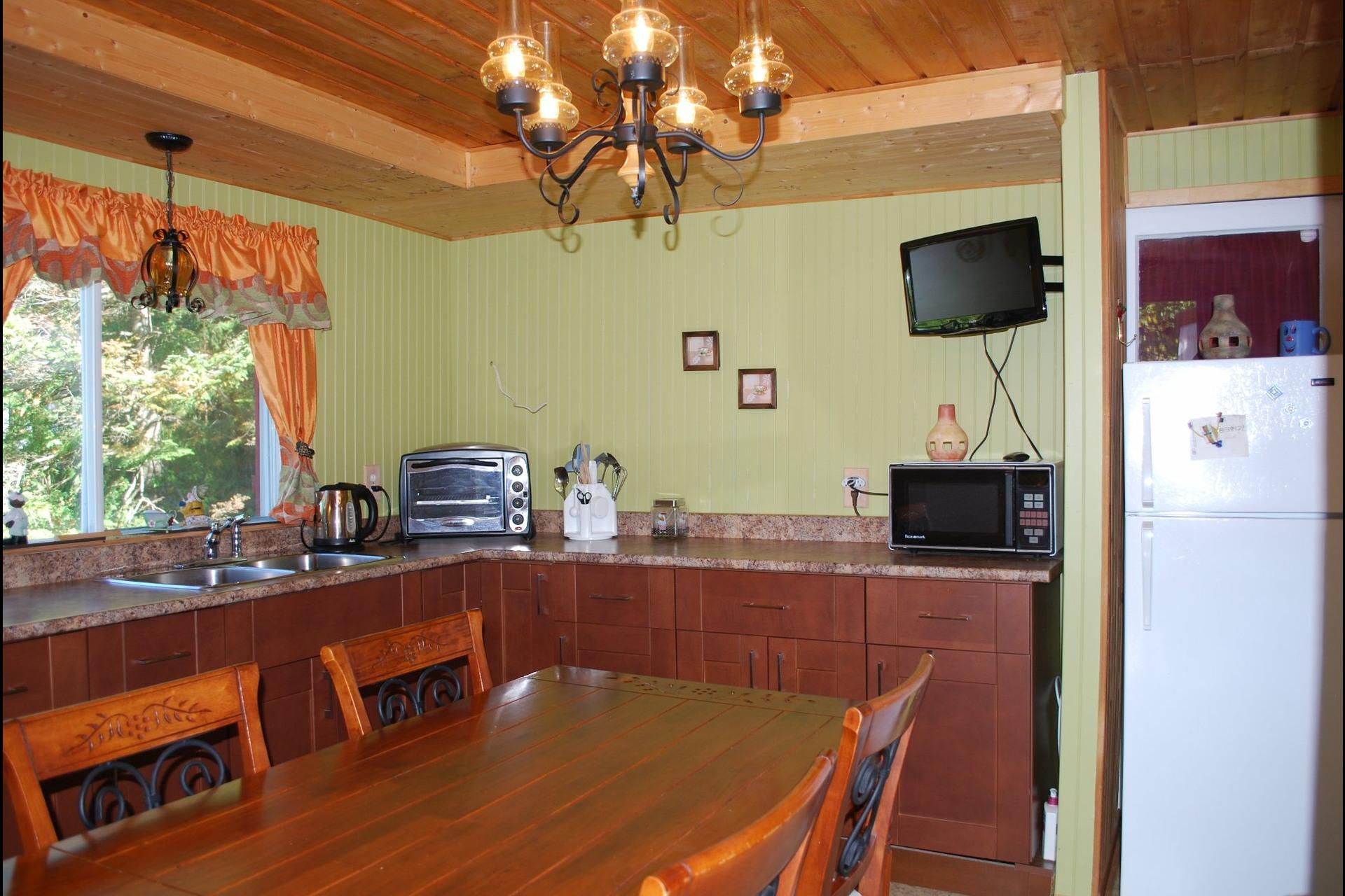 image 4 - House For sale Sainte-Béatrix - 5 rooms