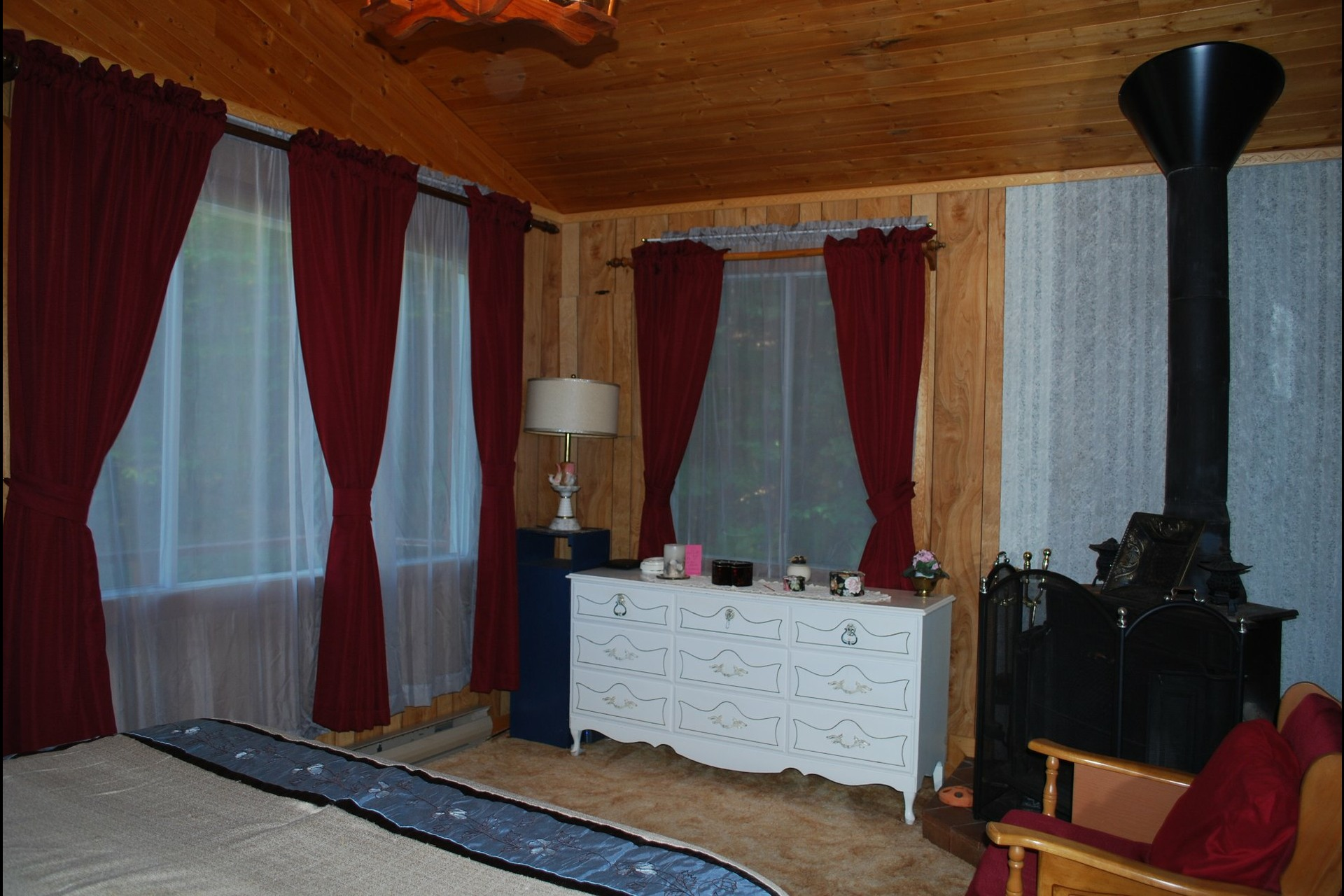 image 8 - House For sale Sainte-Béatrix - 5 rooms