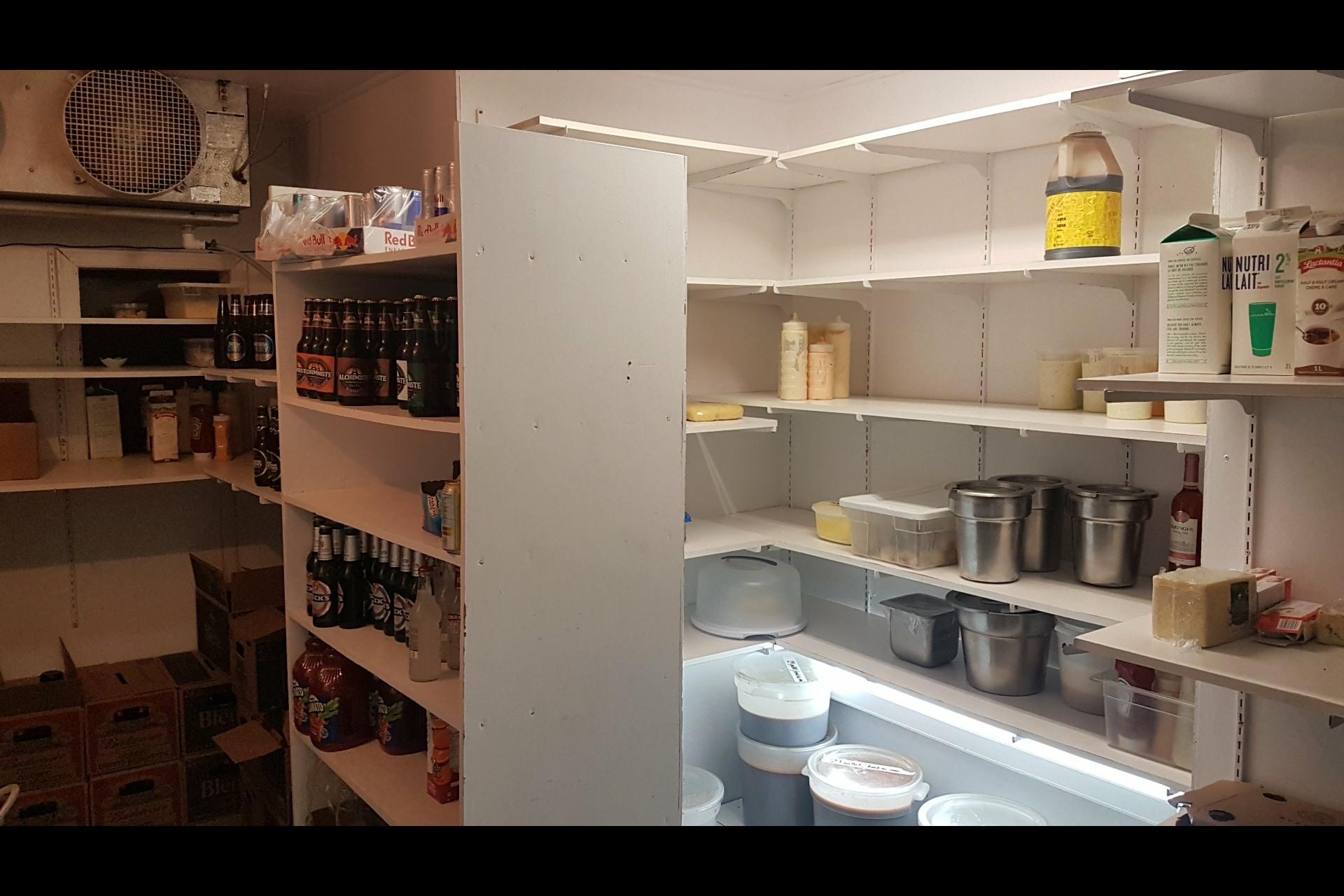 image 54 - Office For sale Saint-Esprit
