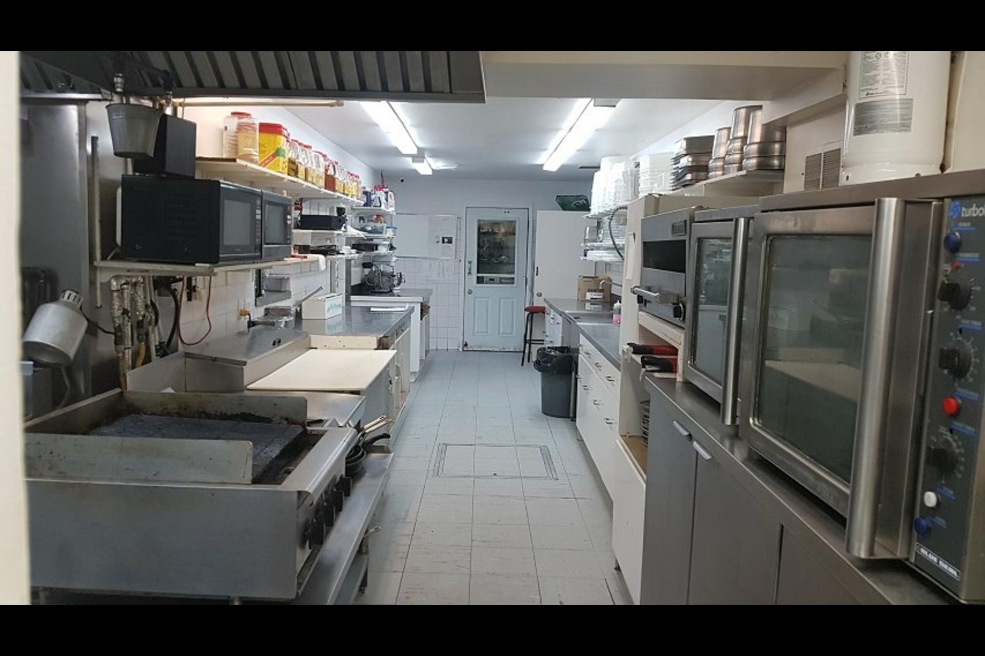 image 13 - Office For sale Saint-Esprit