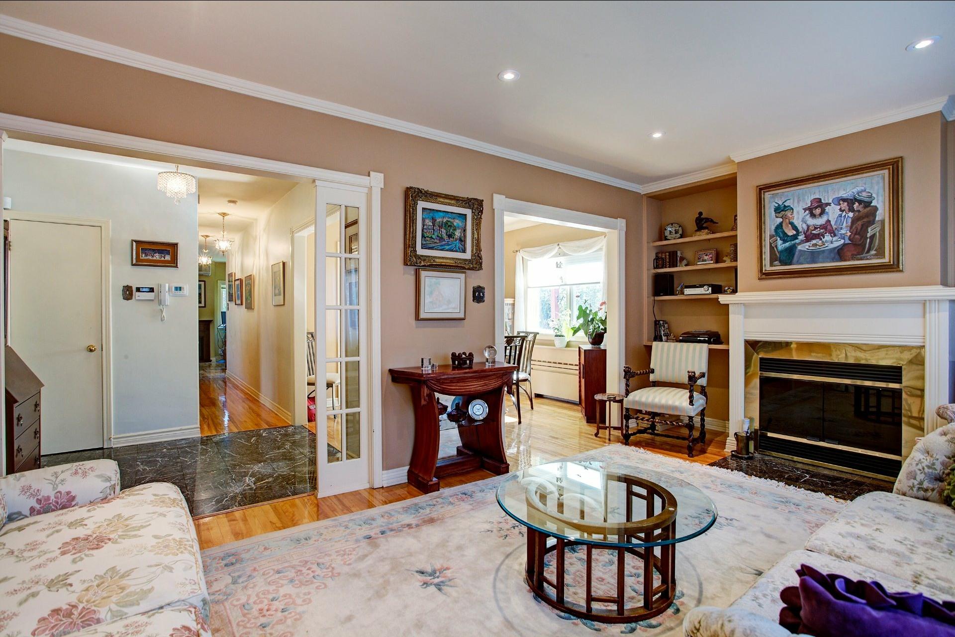 image 1 - 复式 出售 Montréal-Ouest - 6 室