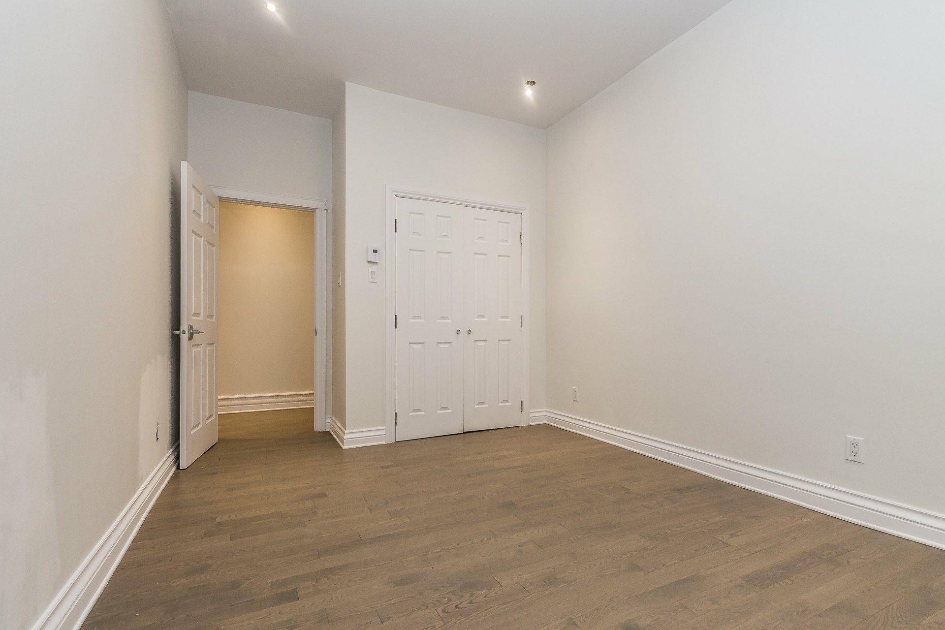image 11 - Appartement À vendre Montréal Côte-des-Neiges/Notre-Dame-de-Grâce  - 9 pièces
