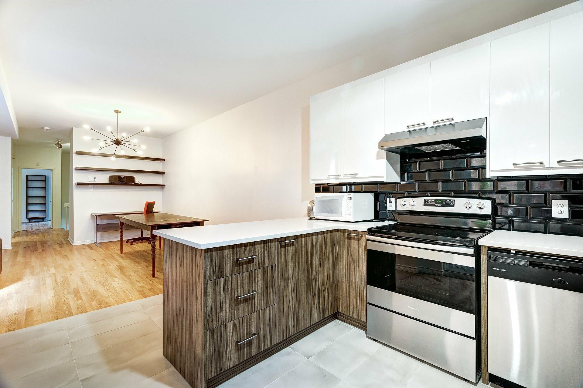 image 9 - Appartement À louer Montréal Outremont  - 5 pièces