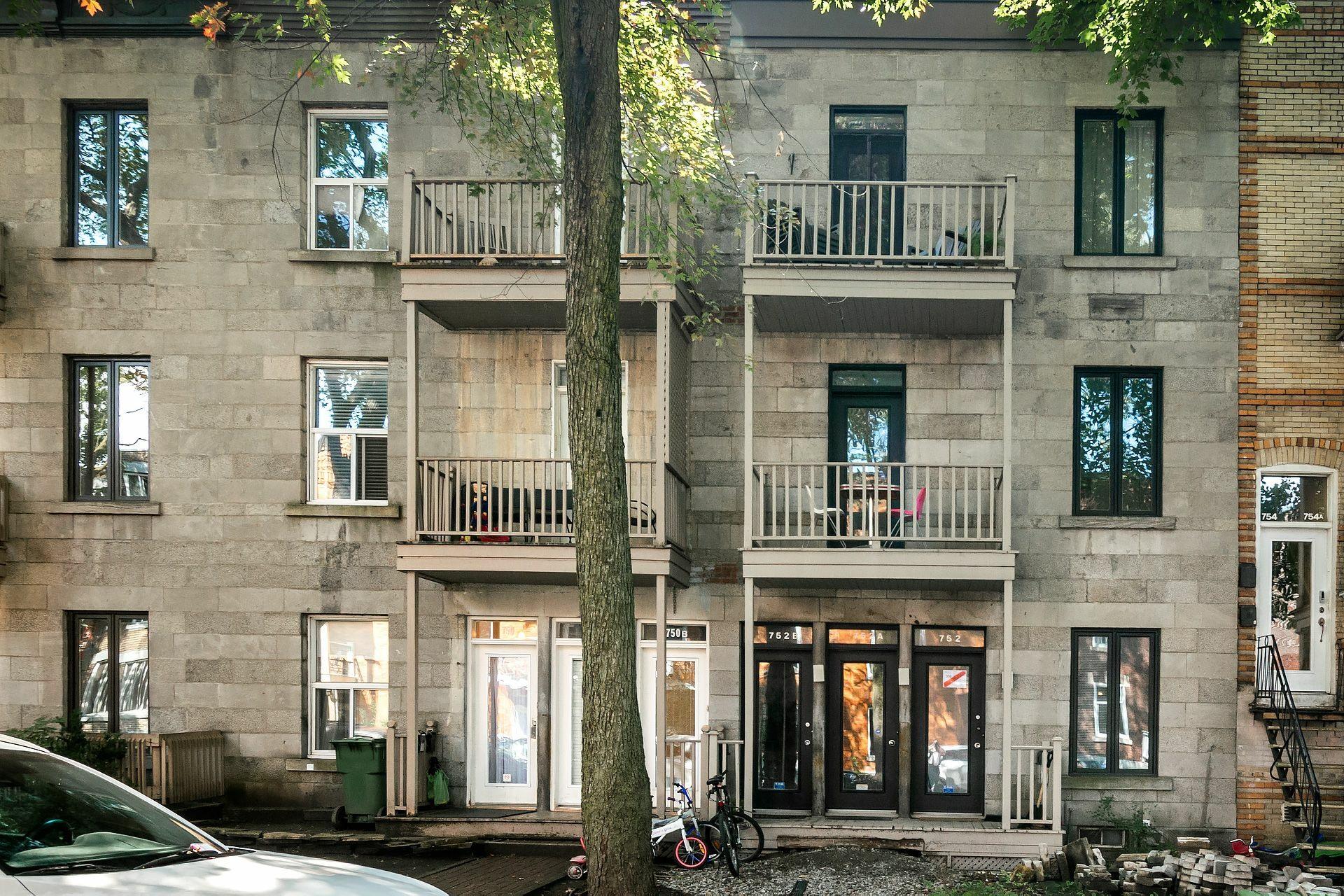image 18 - Appartement À louer Montréal Outremont  - 5 pièces