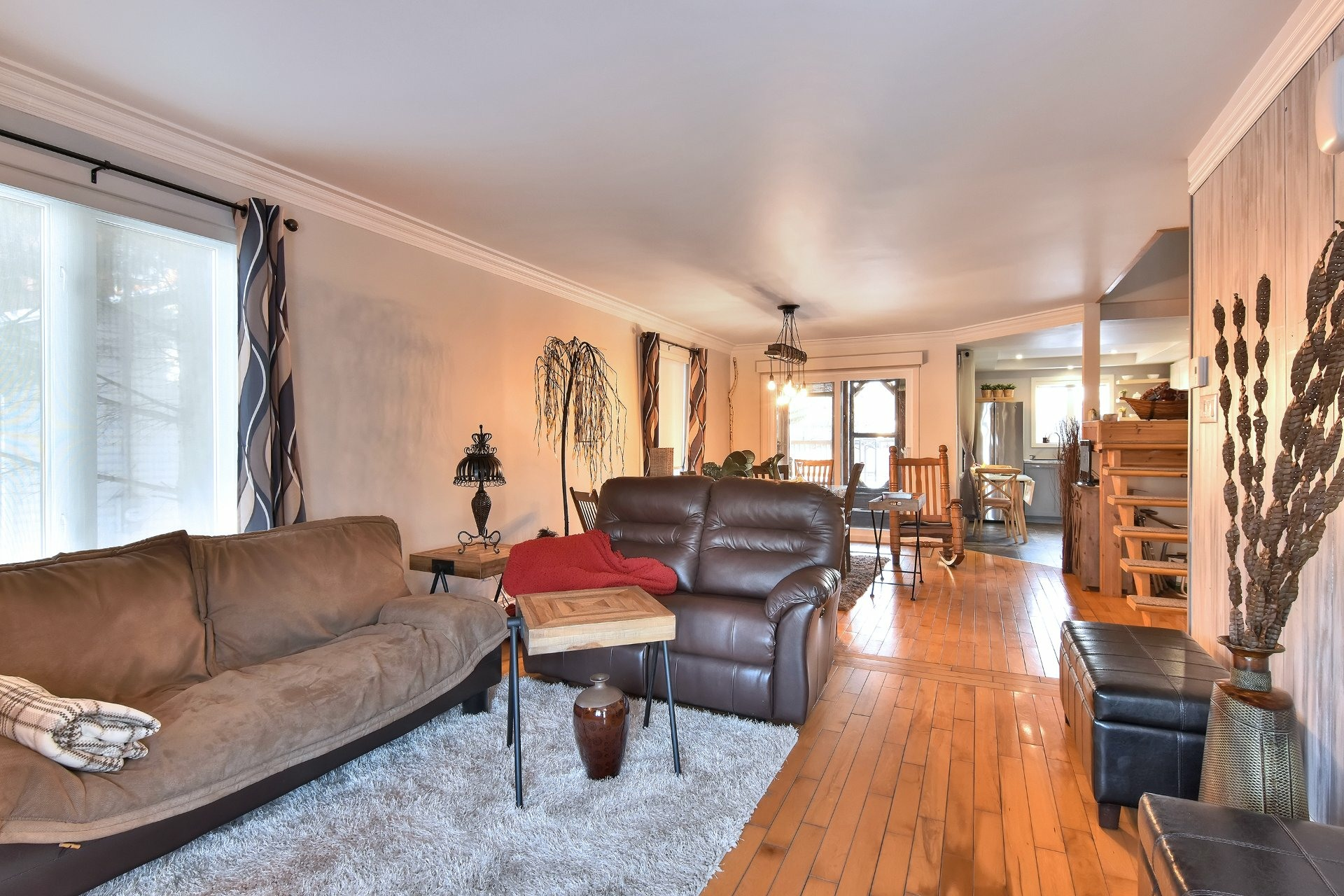 image 4 - House For sale Beauharnois - 11 rooms