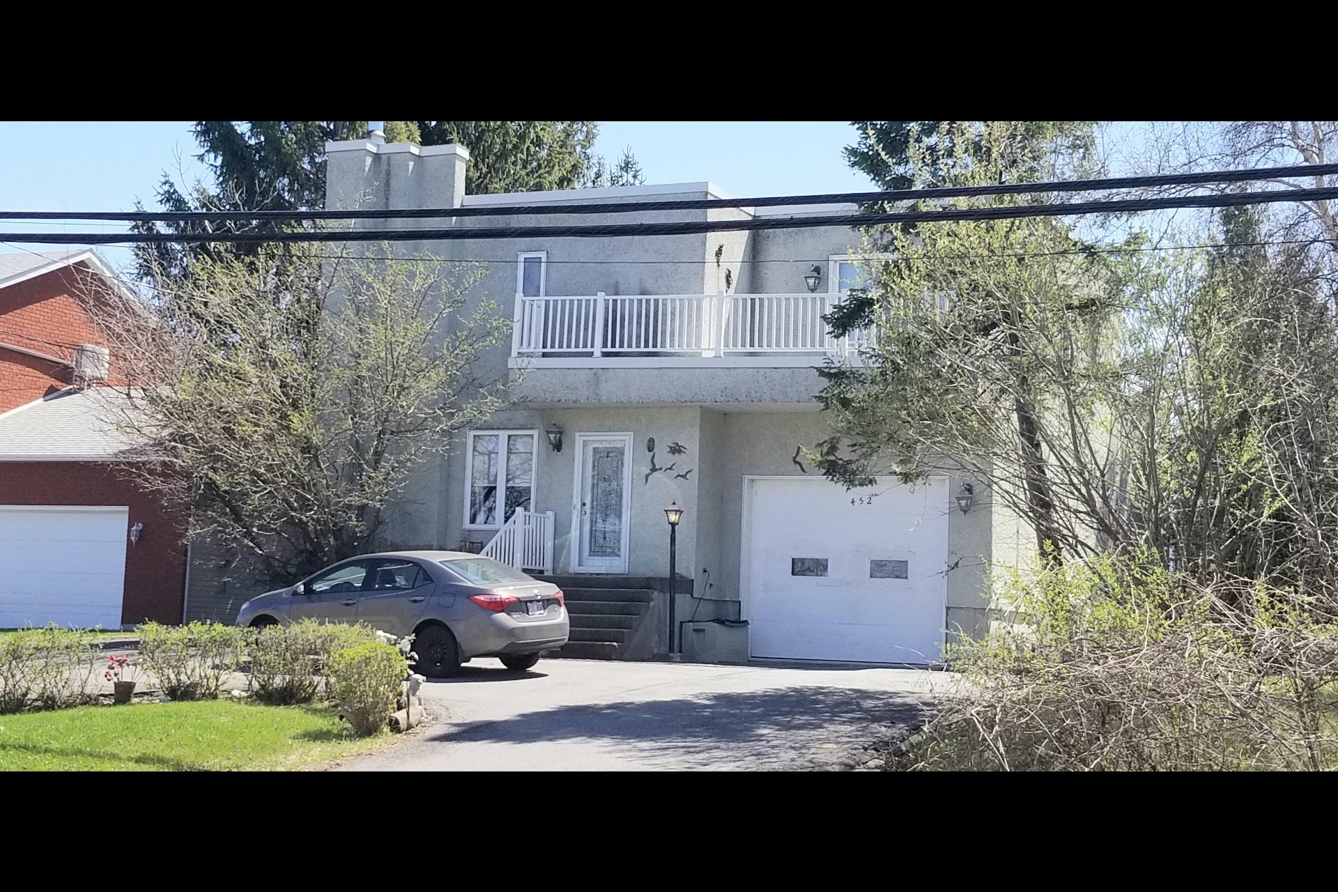 image 0 - House For sale Beauharnois - 11 rooms
