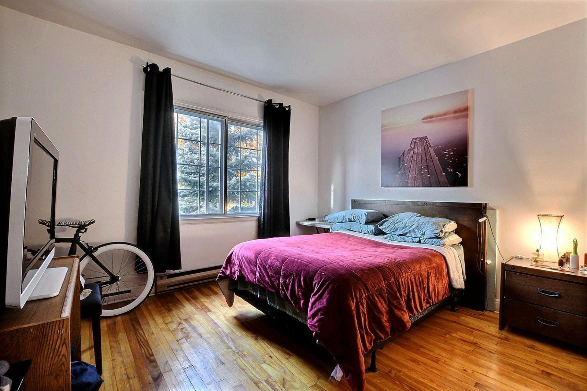 image 23 - Triplex For sale Montréal Mercier/Hochelaga-Maisonneuve  - 12 rooms