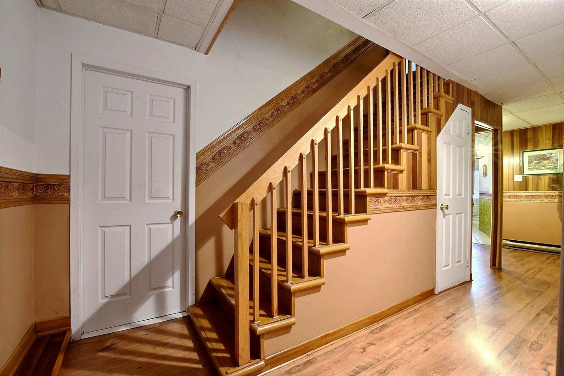 image 13 - Triplex For sale Montréal Mercier/Hochelaga-Maisonneuve  - 12 rooms