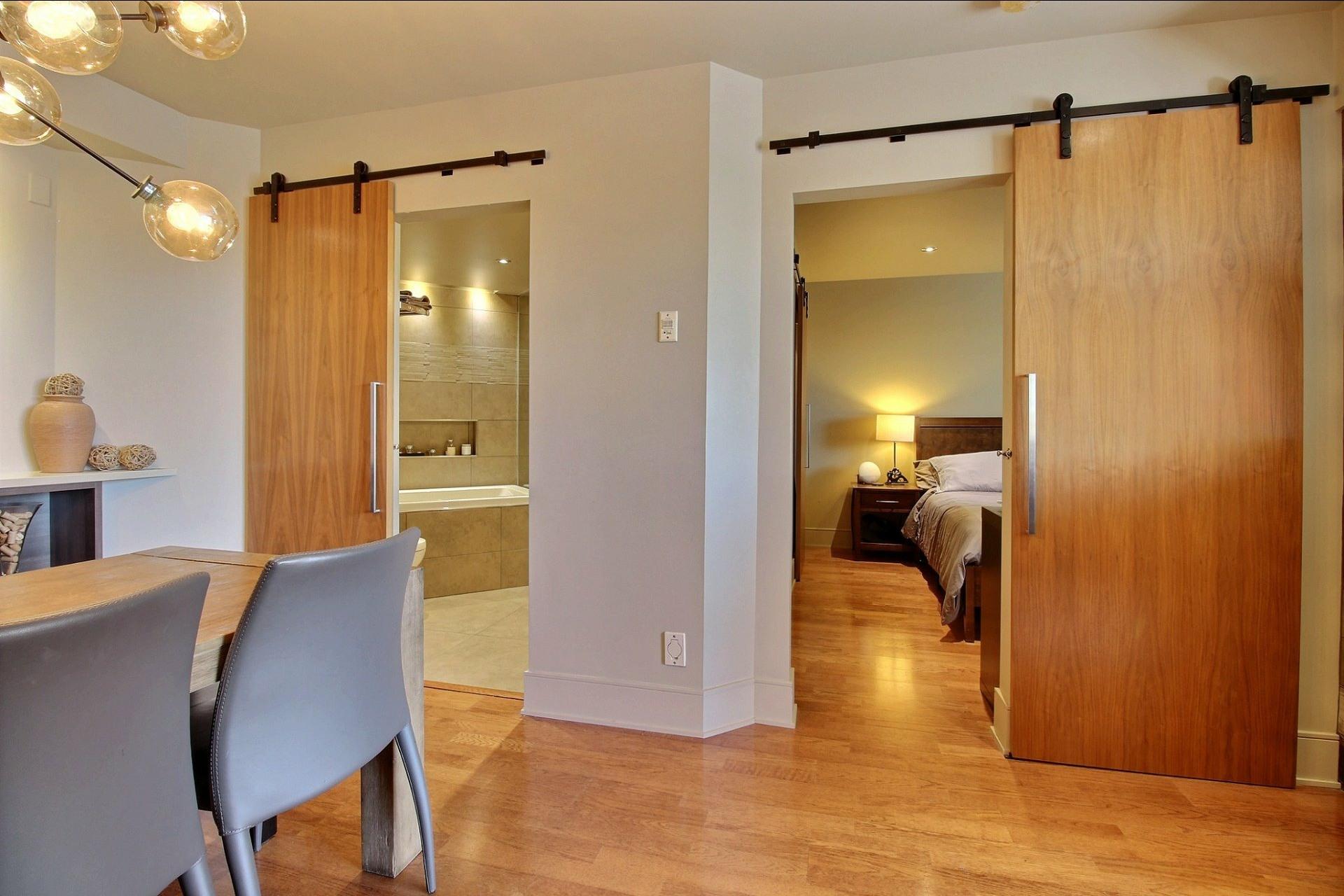 image 8 - Appartement À louer Montréal Ville-Marie  - 6 pièces