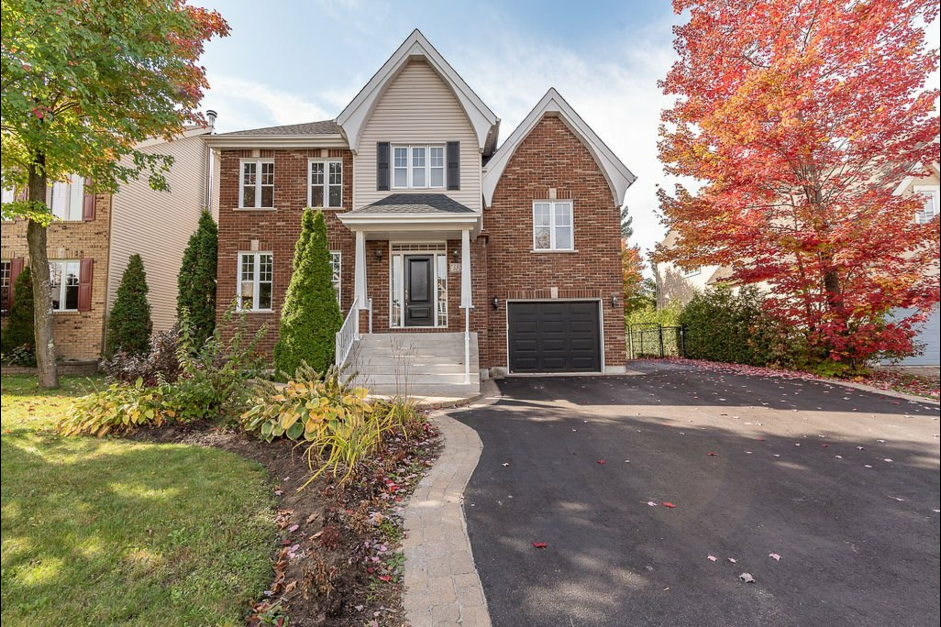 image 0 - House For sale Blainville - 14 rooms