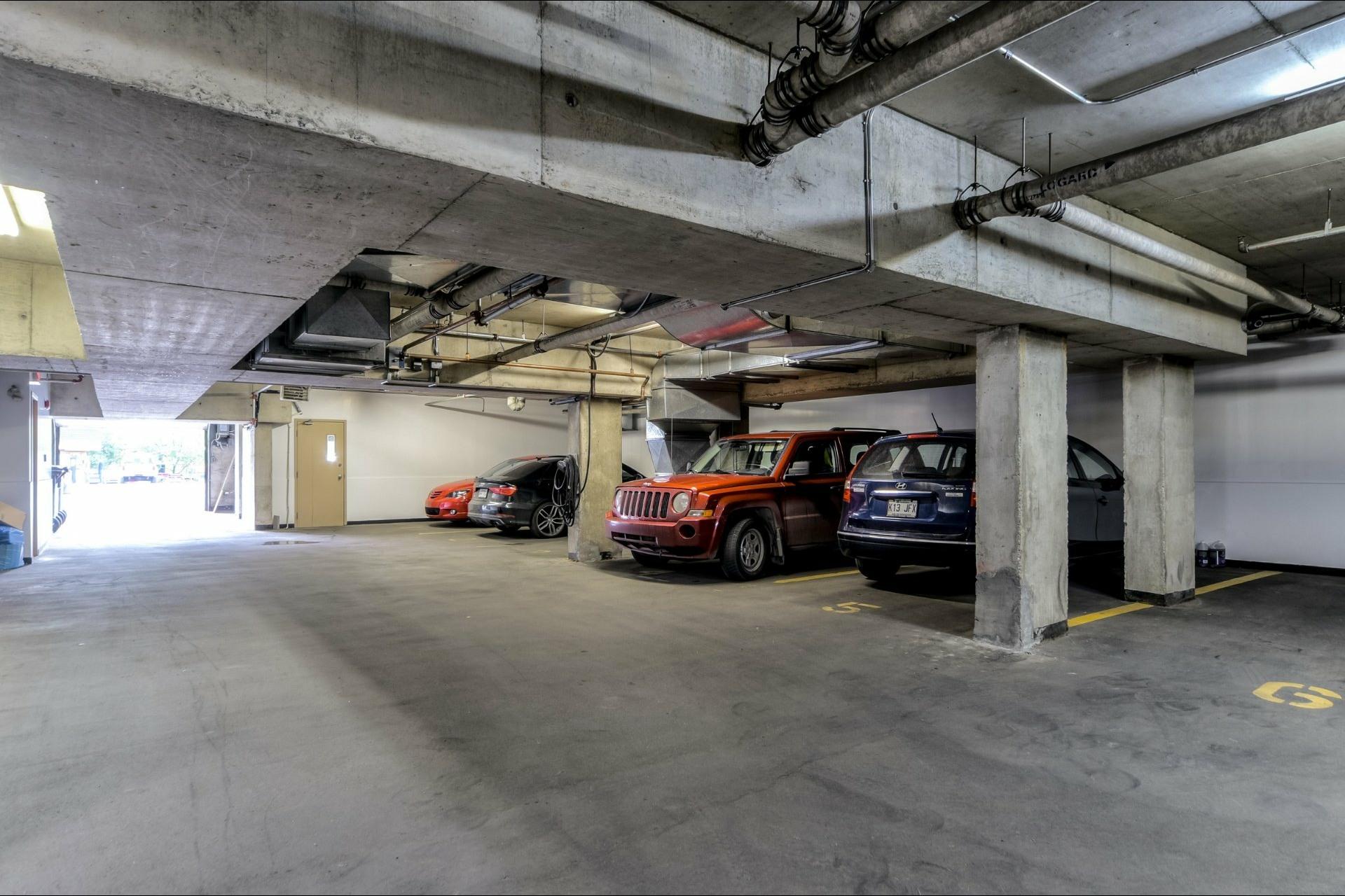 image 24 - Appartement À louer Montréal Ville-Marie  - 6 pièces