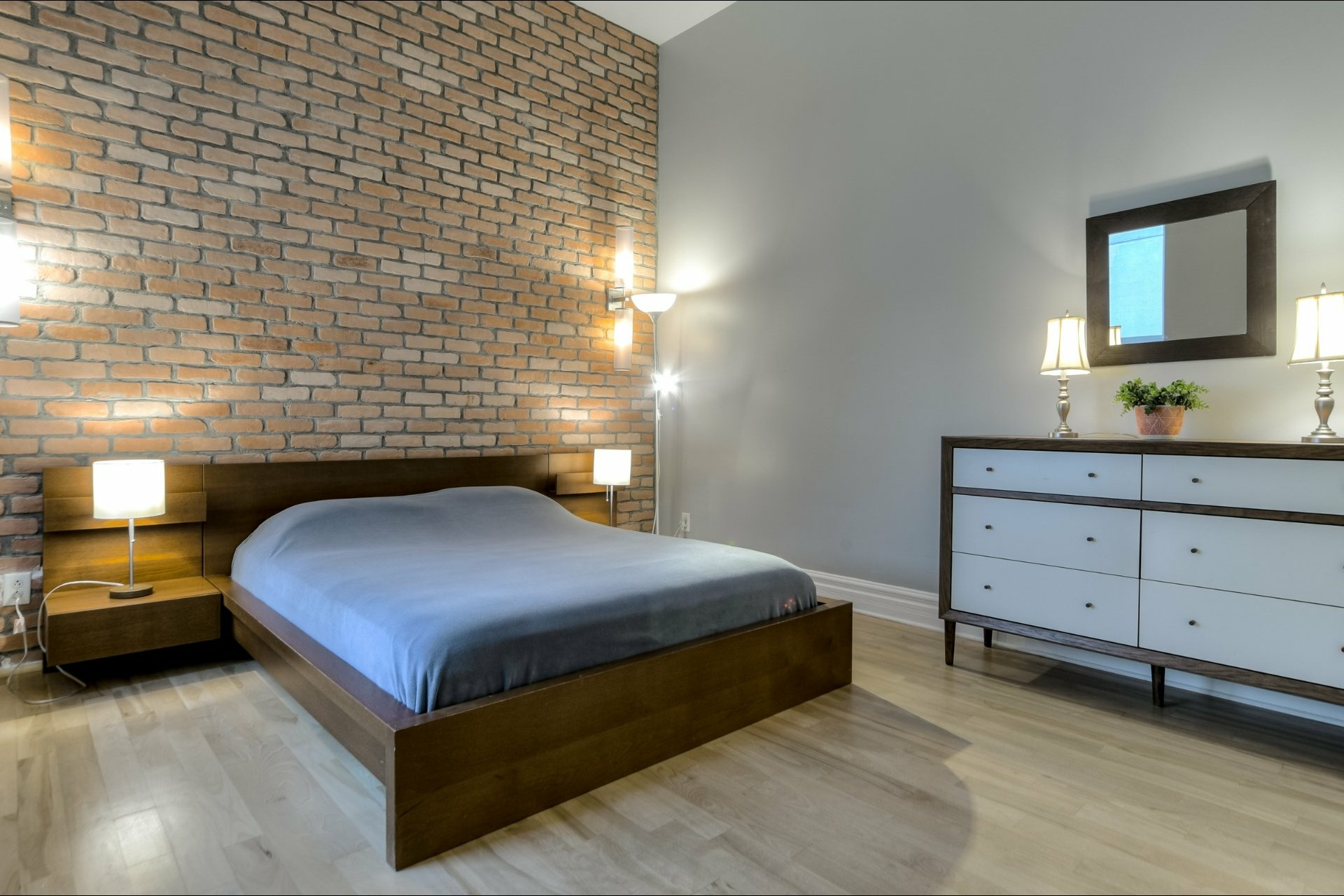 image 16 - Appartement À louer Montréal Ville-Marie  - 6 pièces