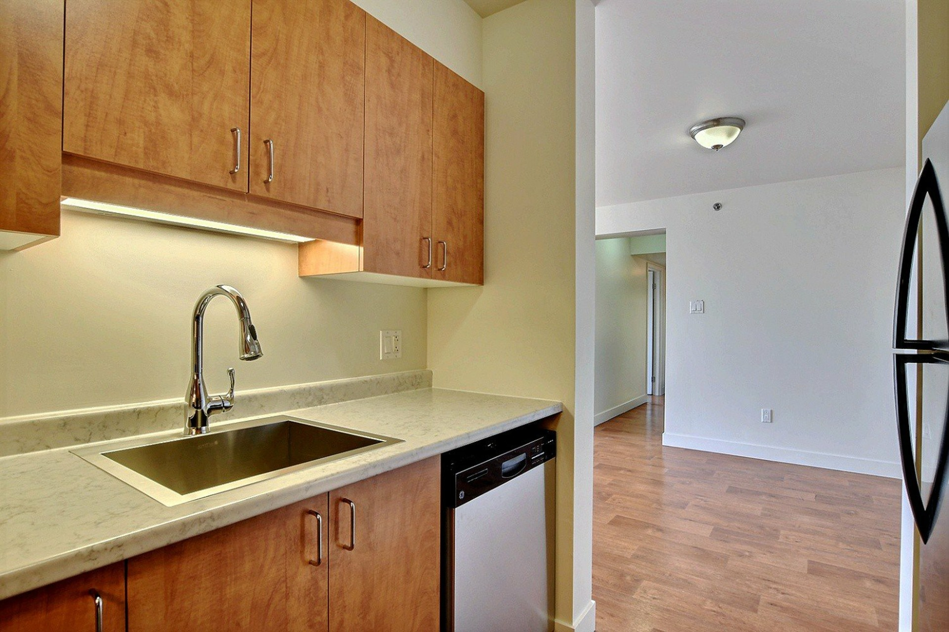 image 9 - Apartment For rent Brossard - 7 rooms