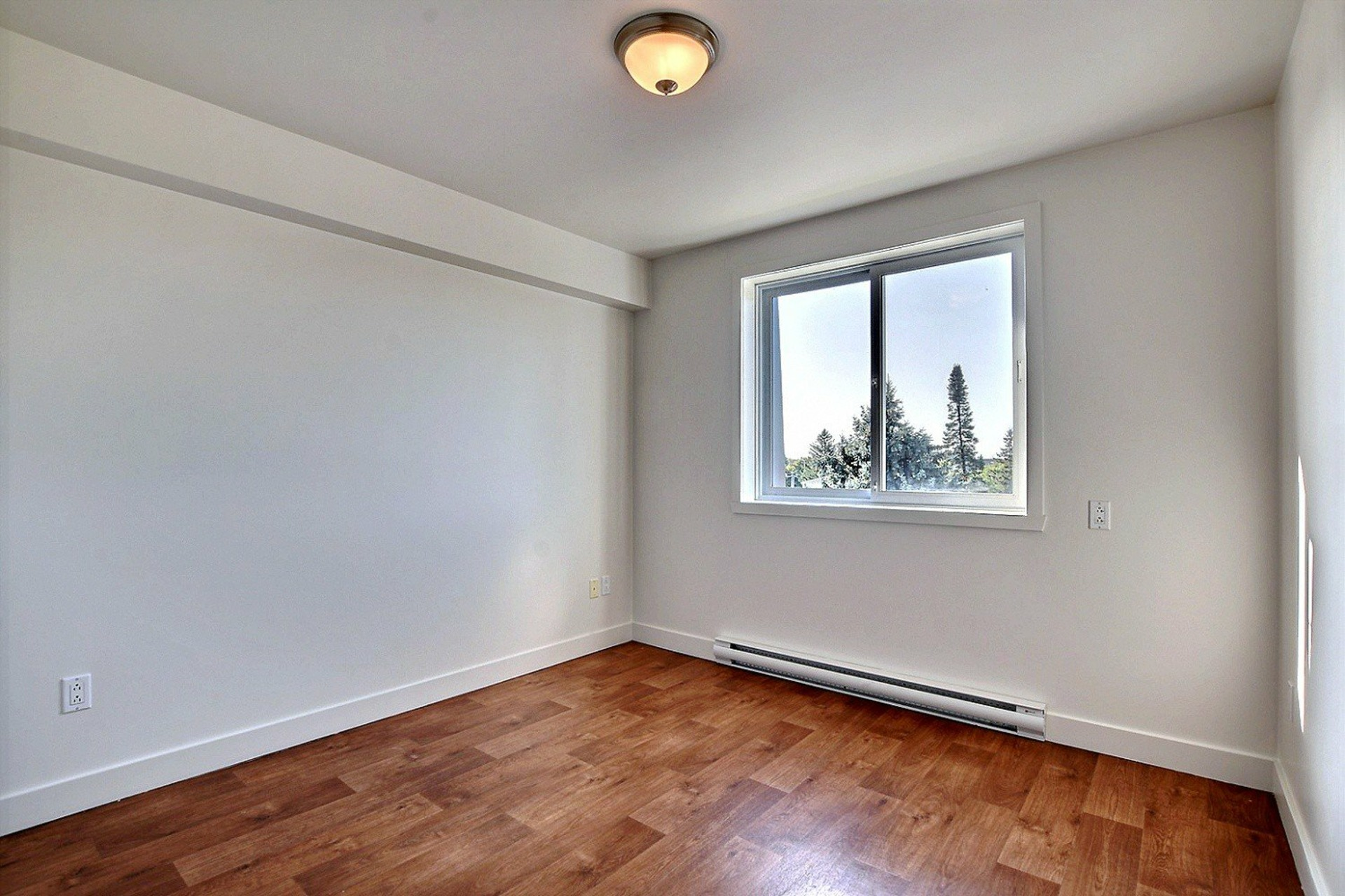 image 10 - Apartment For rent Brossard - 7 rooms