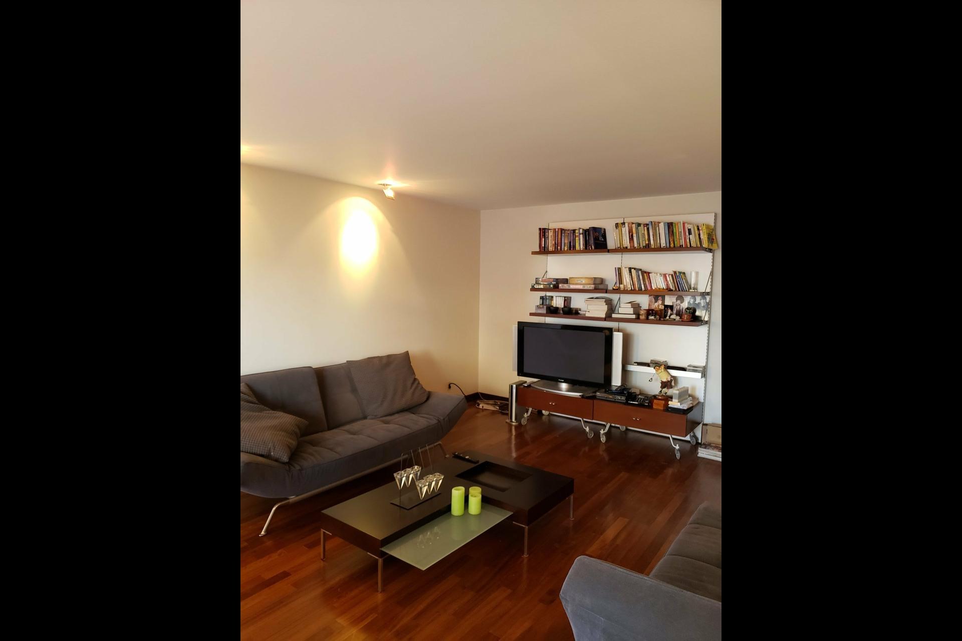 image 2 - Appartement À louer Montréal Ville-Marie  - 6 pièces