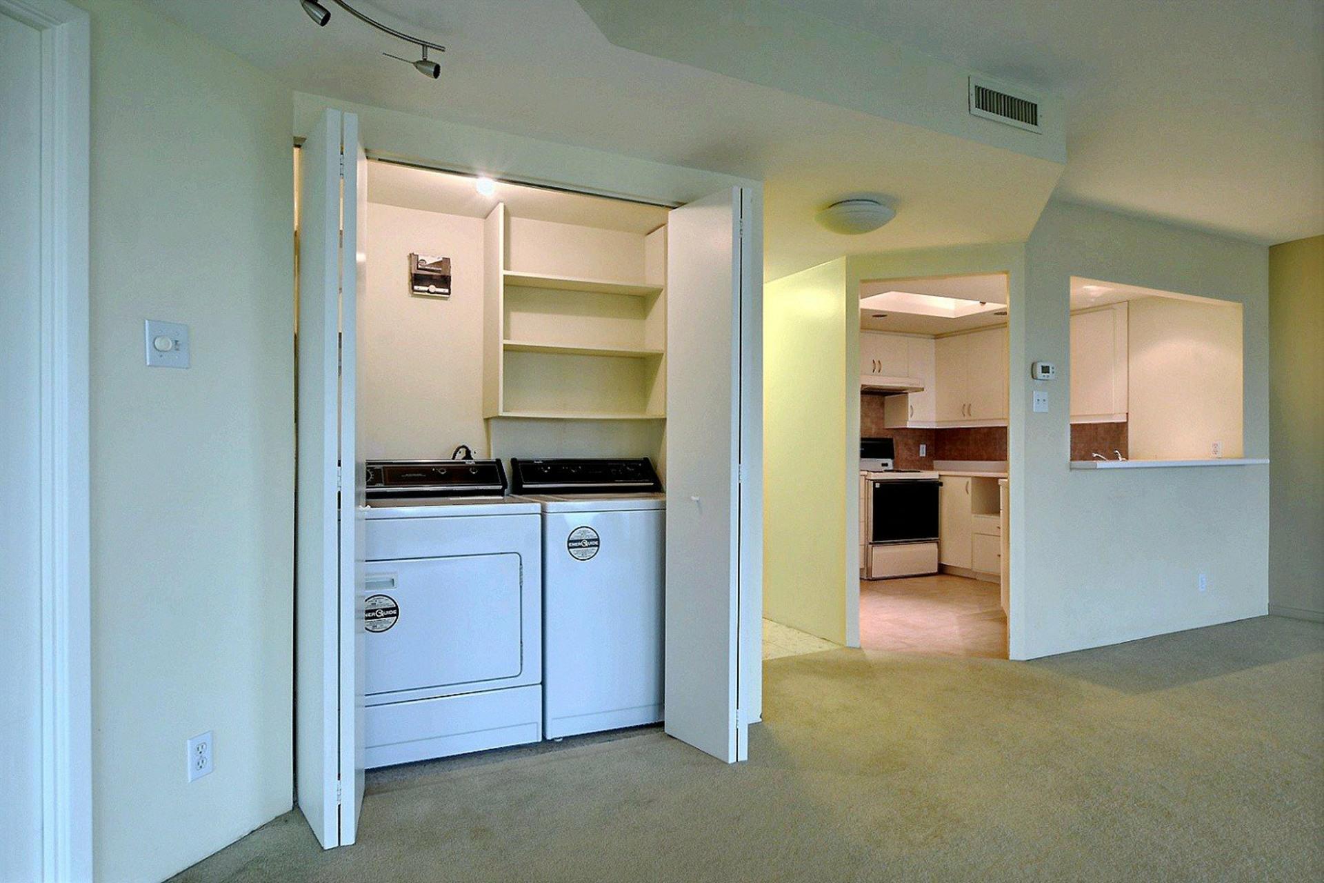 image 17 - Apartment For rent Montréal Verdun/Île-des-Soeurs  - 4 rooms
