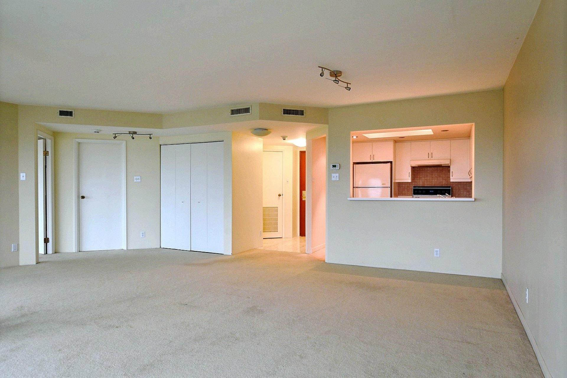 image 8 - Apartment For rent Montréal Verdun/Île-des-Soeurs  - 4 rooms