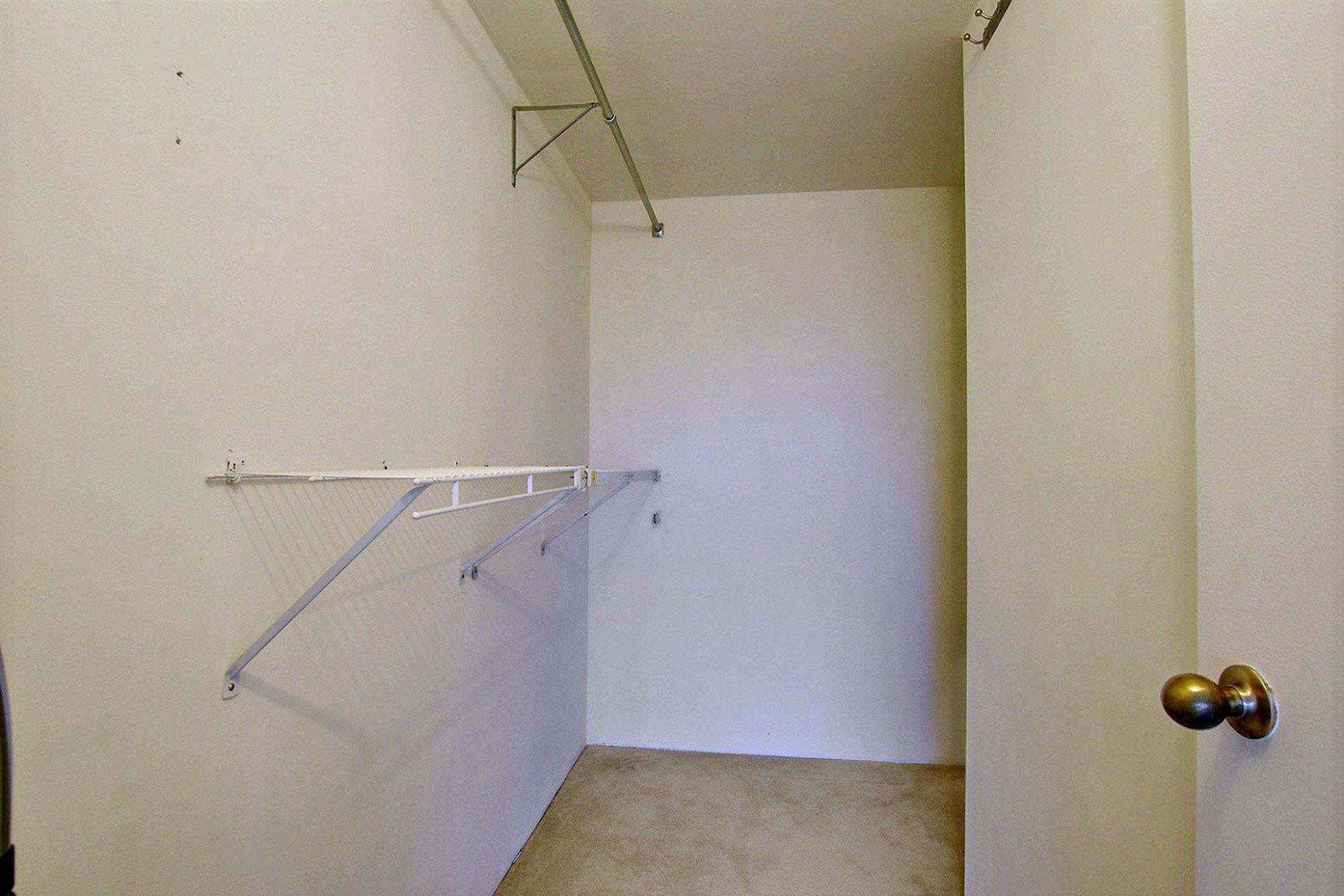 image 14 - Apartment For rent Montréal Verdun/Île-des-Soeurs  - 4 rooms