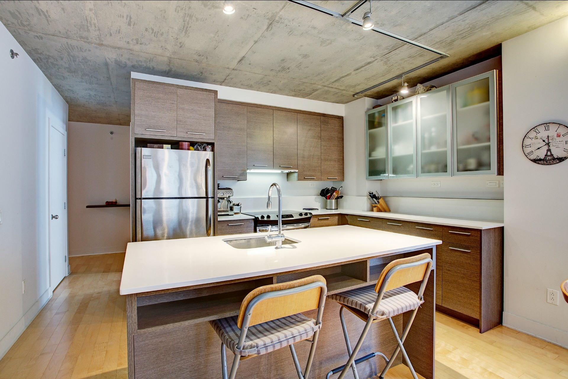 image 1 - 公寓 出售 Montréal Le Sud-Ouest  - 4 室