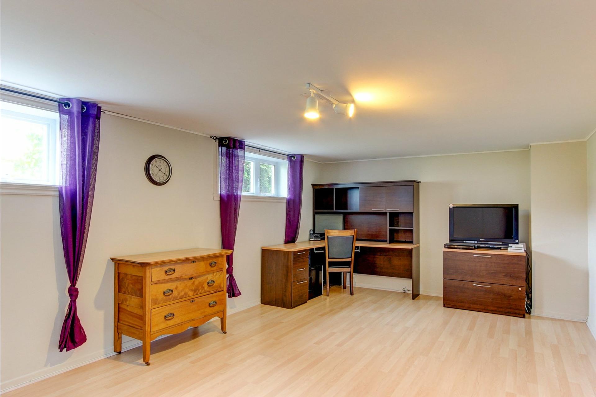 image 15 - House For sale Trois-Rivières - 12 rooms