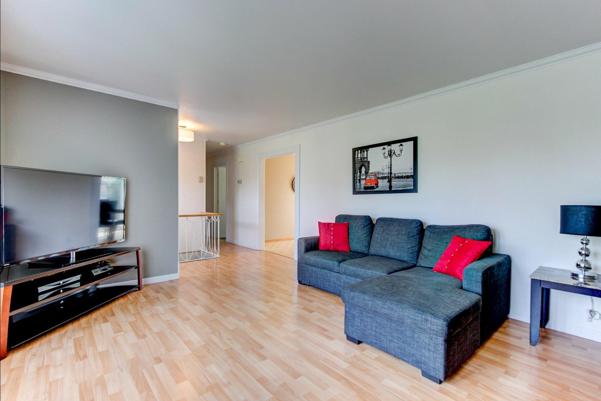 image 4 - House For sale Trois-Rivières - 12 rooms