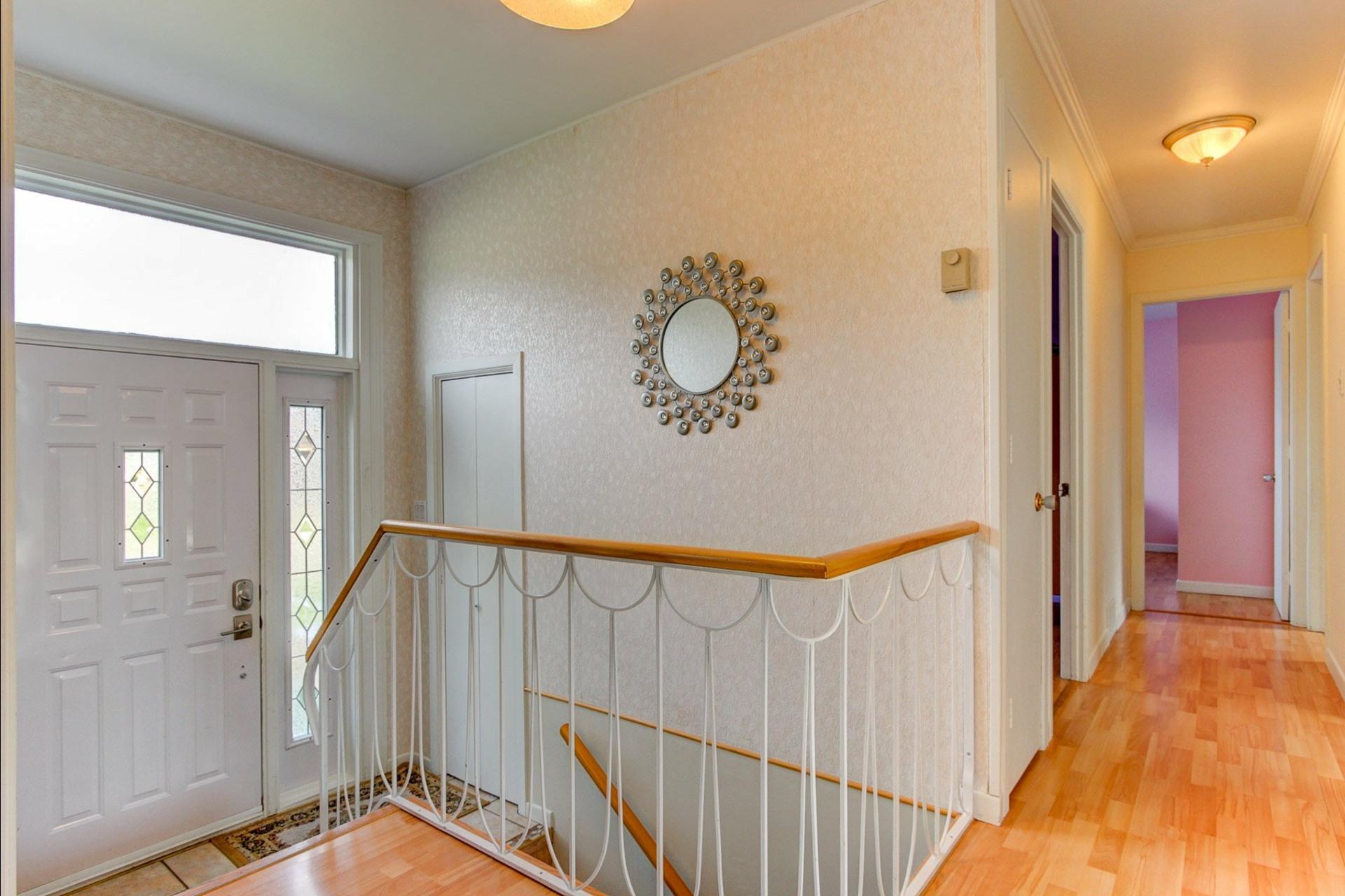 image 7 - House For sale Trois-Rivières - 12 rooms