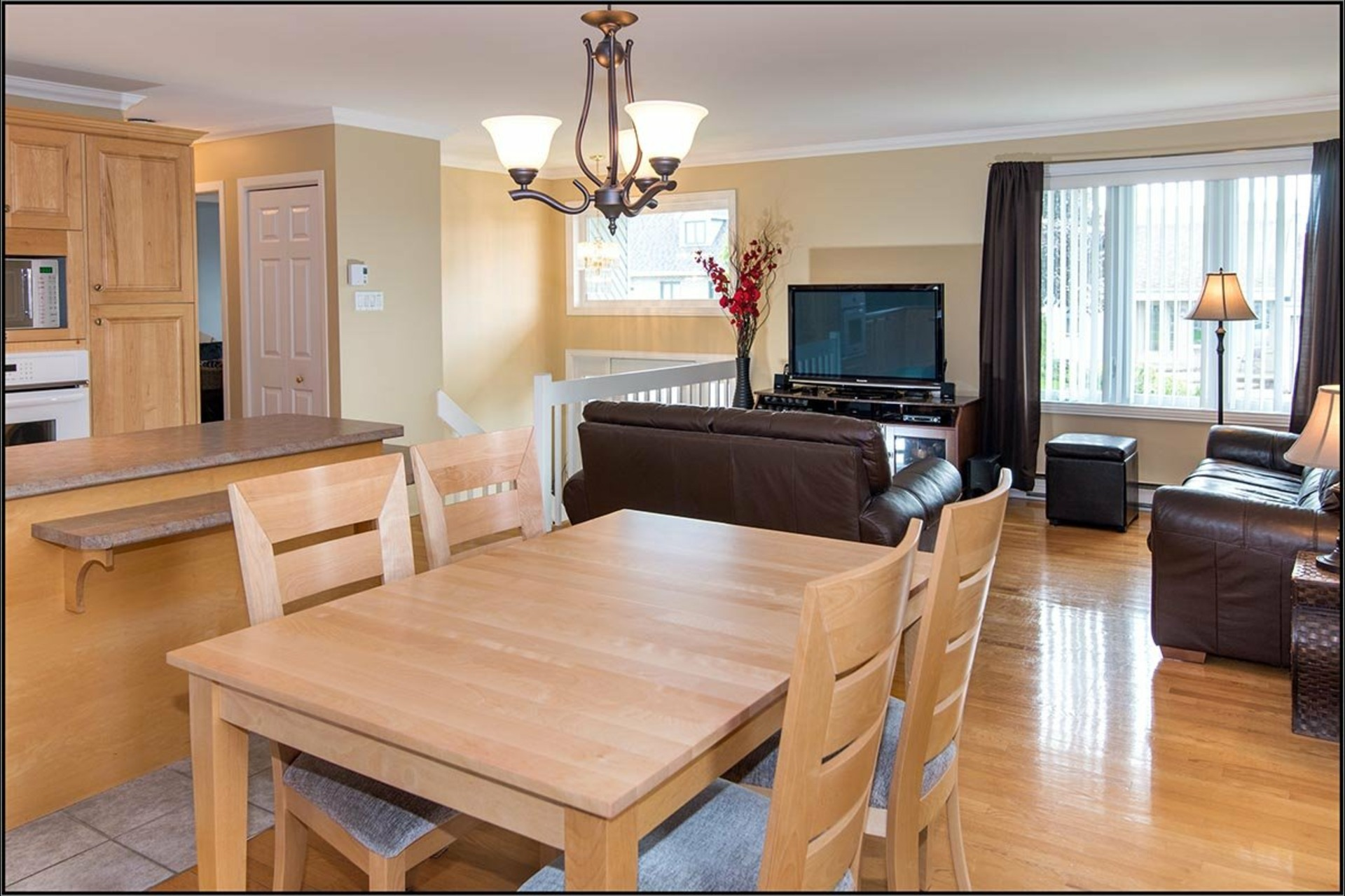 image 4 - House For sale Beauport Québec  - 11 rooms