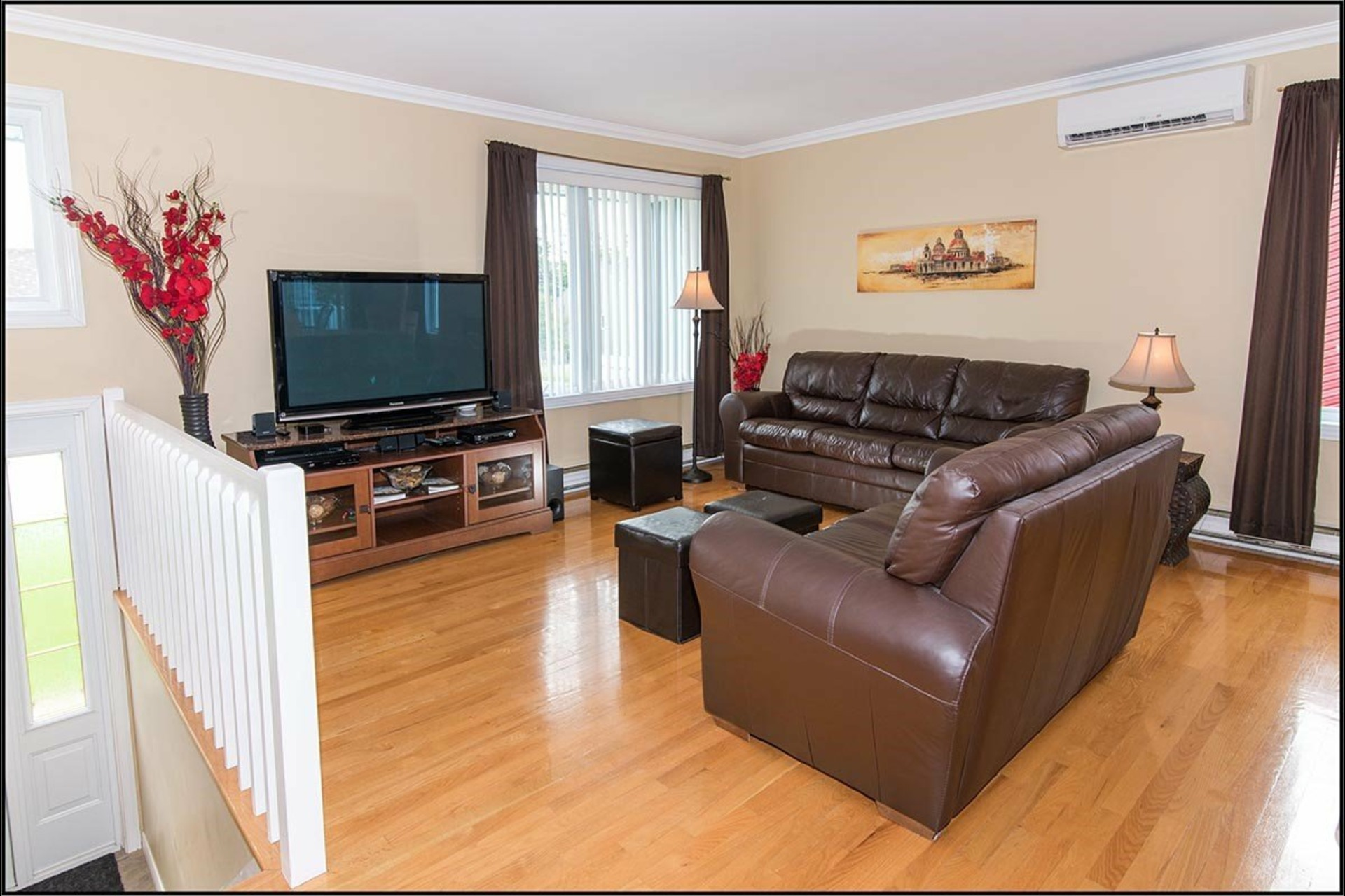 image 2 - House For sale Beauport Québec  - 11 rooms