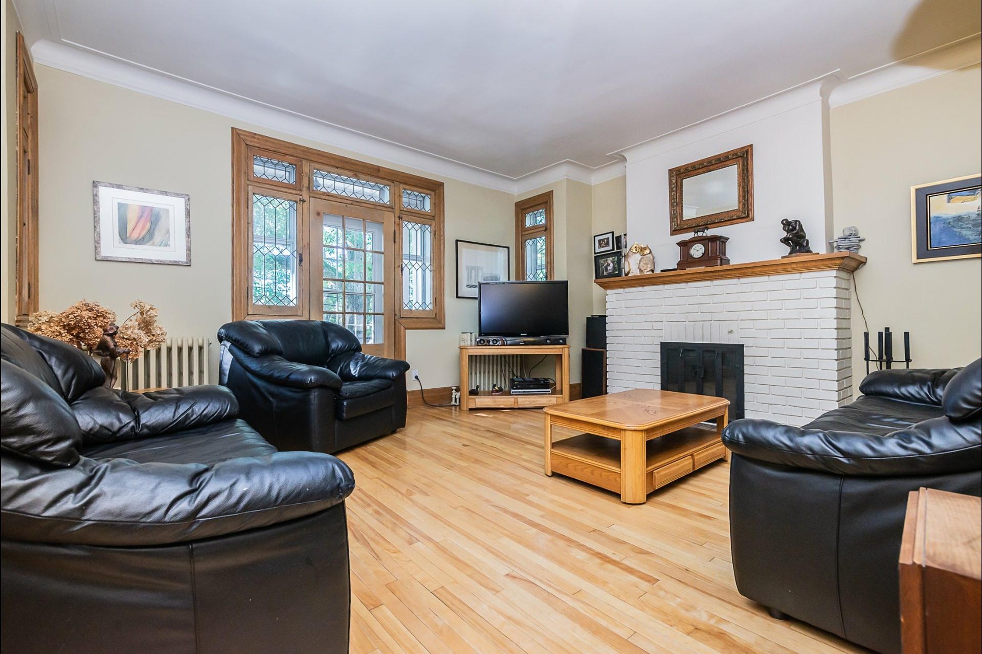 image 7 - Appartement À vendre Montréal Côte-des-Neiges/Notre-Dame-de-Grâce  - 7 pièces