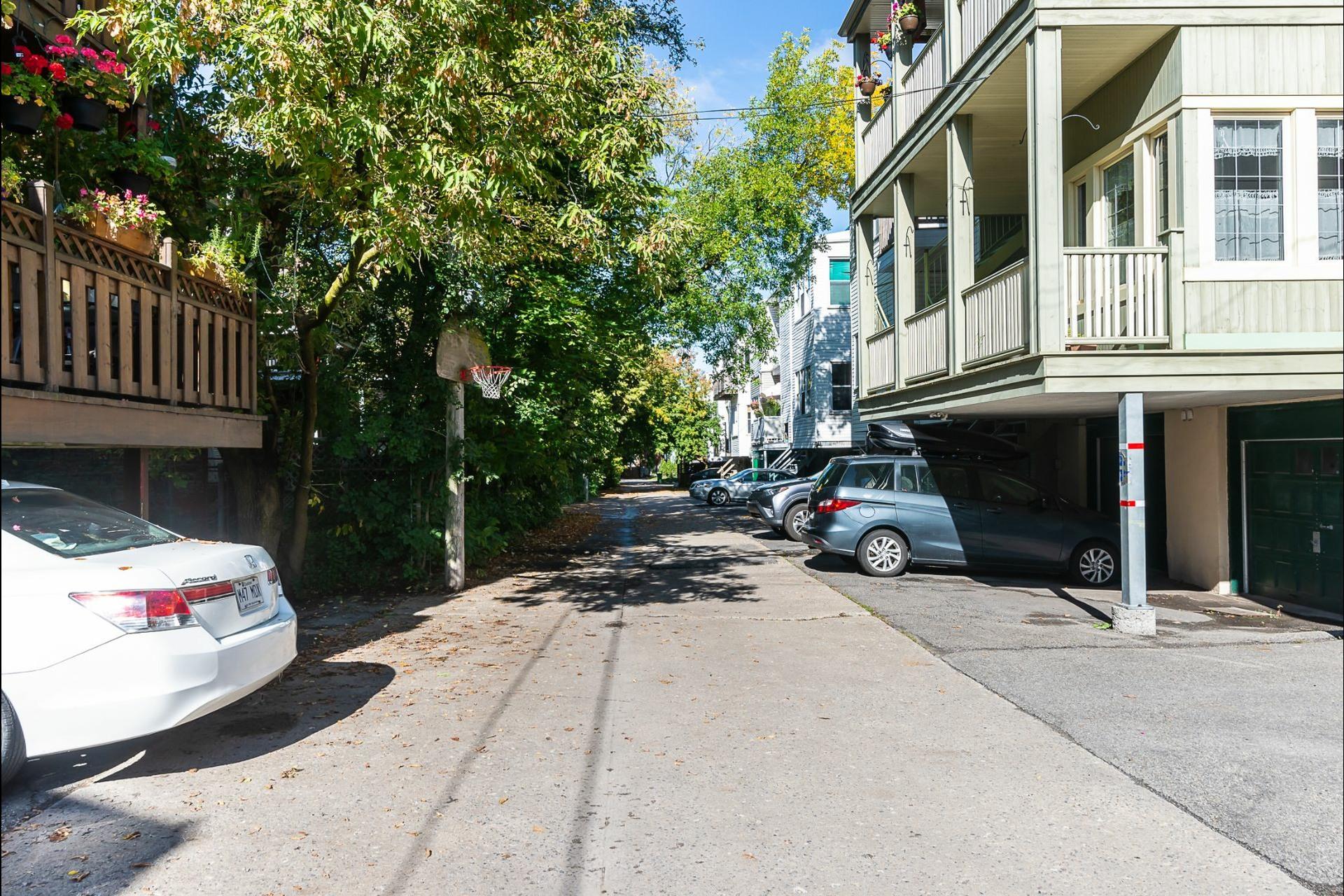image 29 - Appartement À vendre Montréal Côte-des-Neiges/Notre-Dame-de-Grâce  - 7 pièces