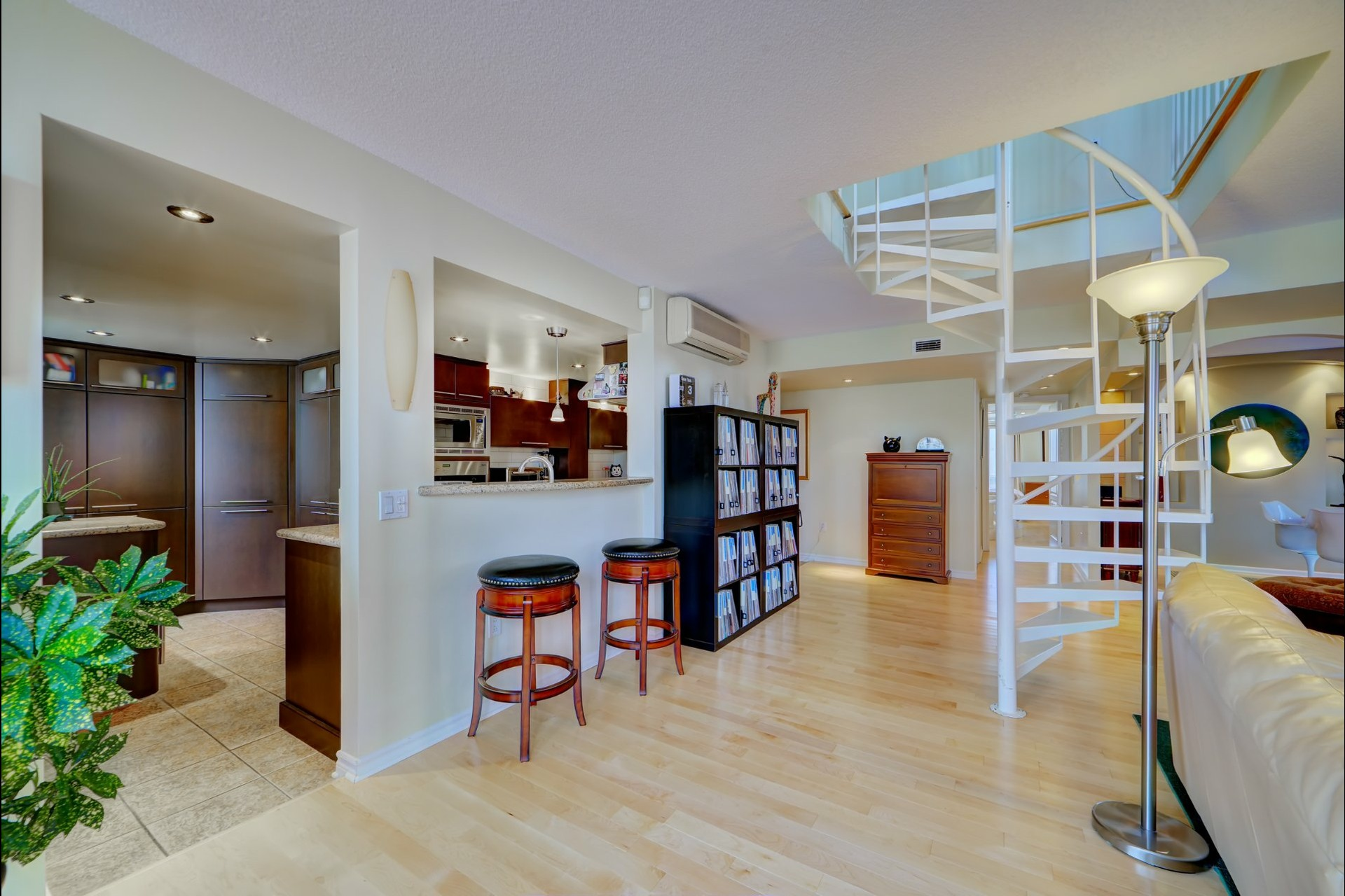 image 5 - Appartement À vendre Montréal Ville-Marie  - 5 pièces