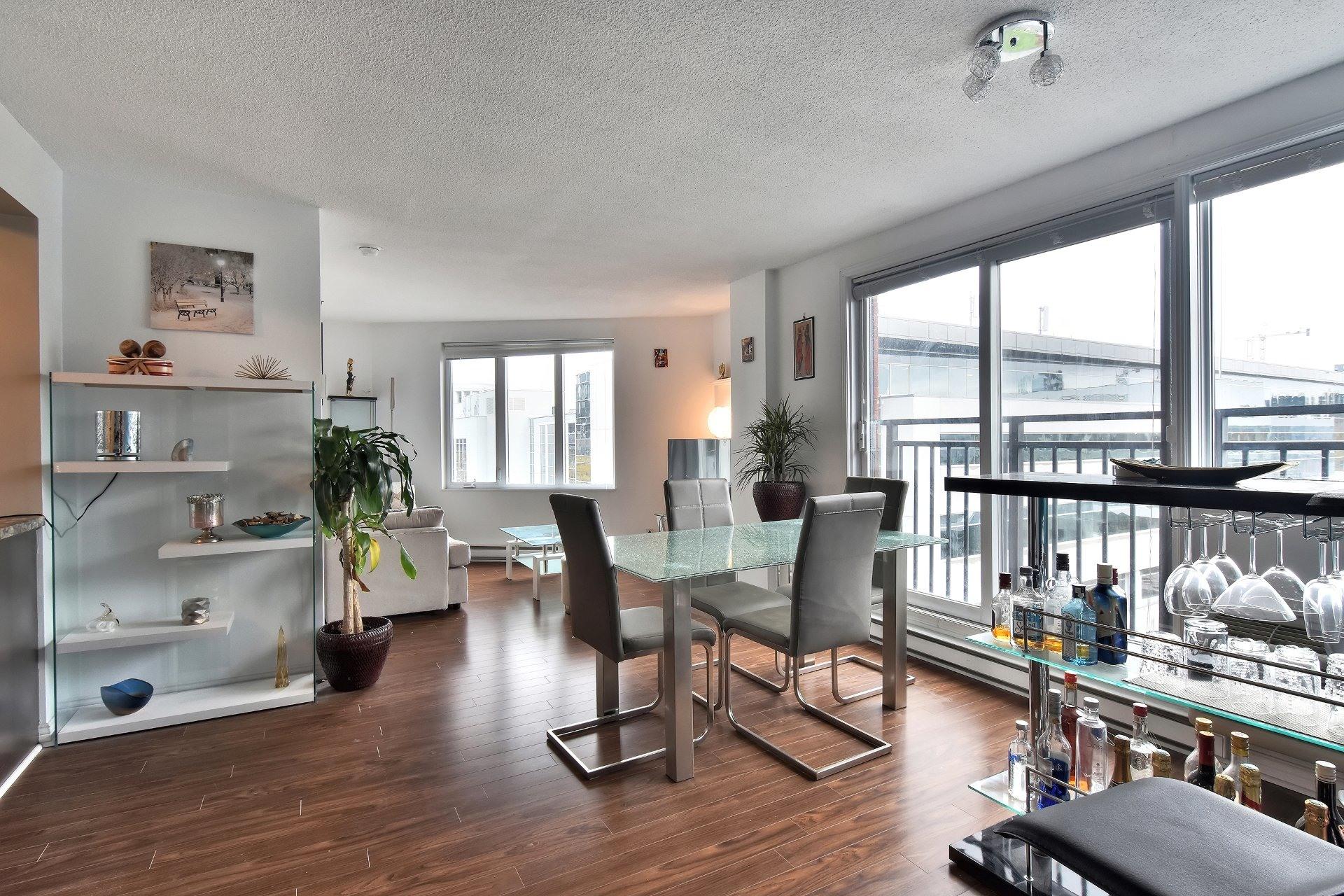 image 7 - Appartement À louer Montréal Ville-Marie  - 6 pièces