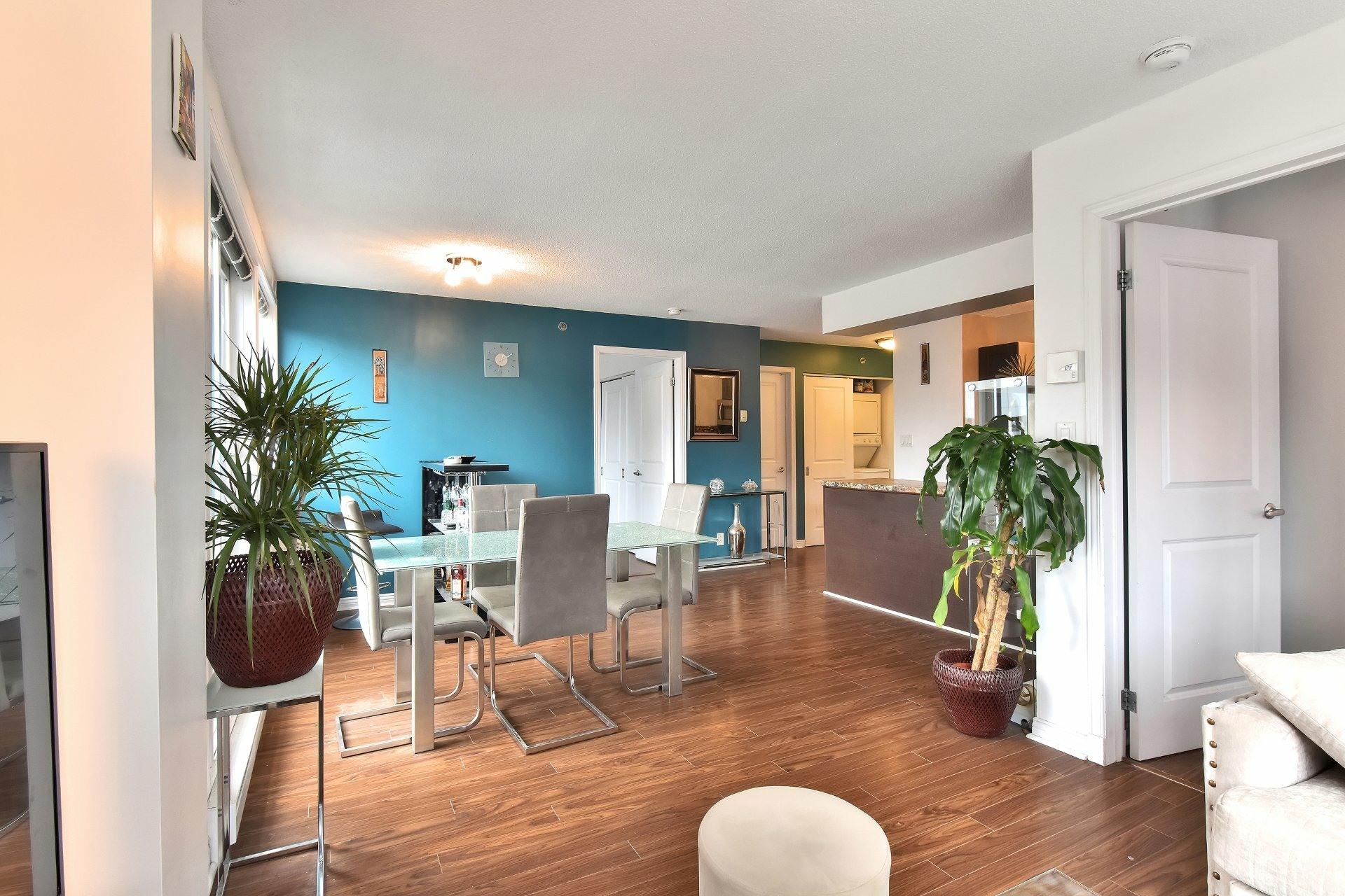 image 4 - Appartement À louer Montréal Ville-Marie  - 6 pièces