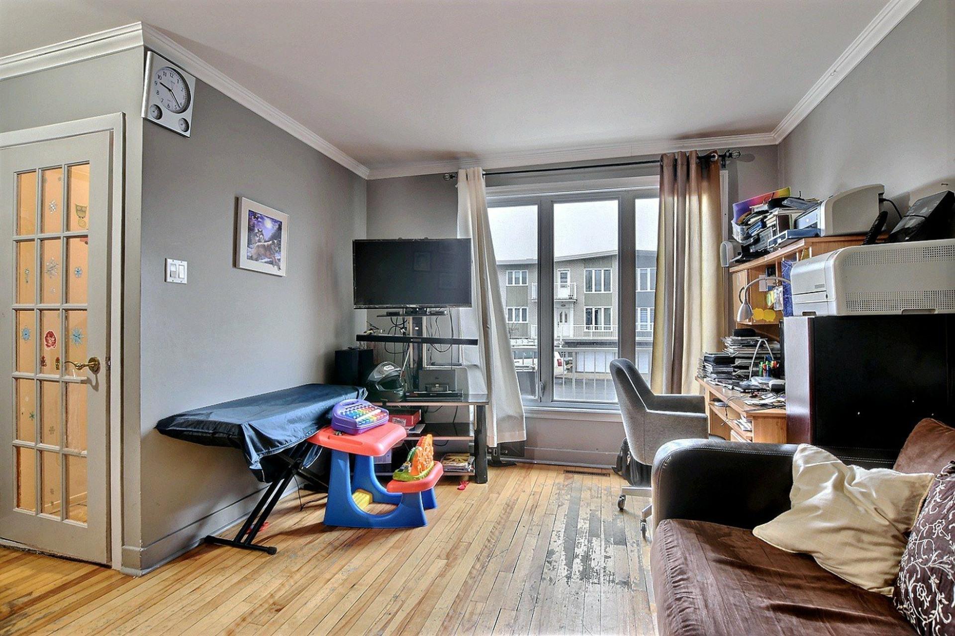 image 5 - Triplex For sale Le Vieux-Longueuil Longueuil  - 5 rooms