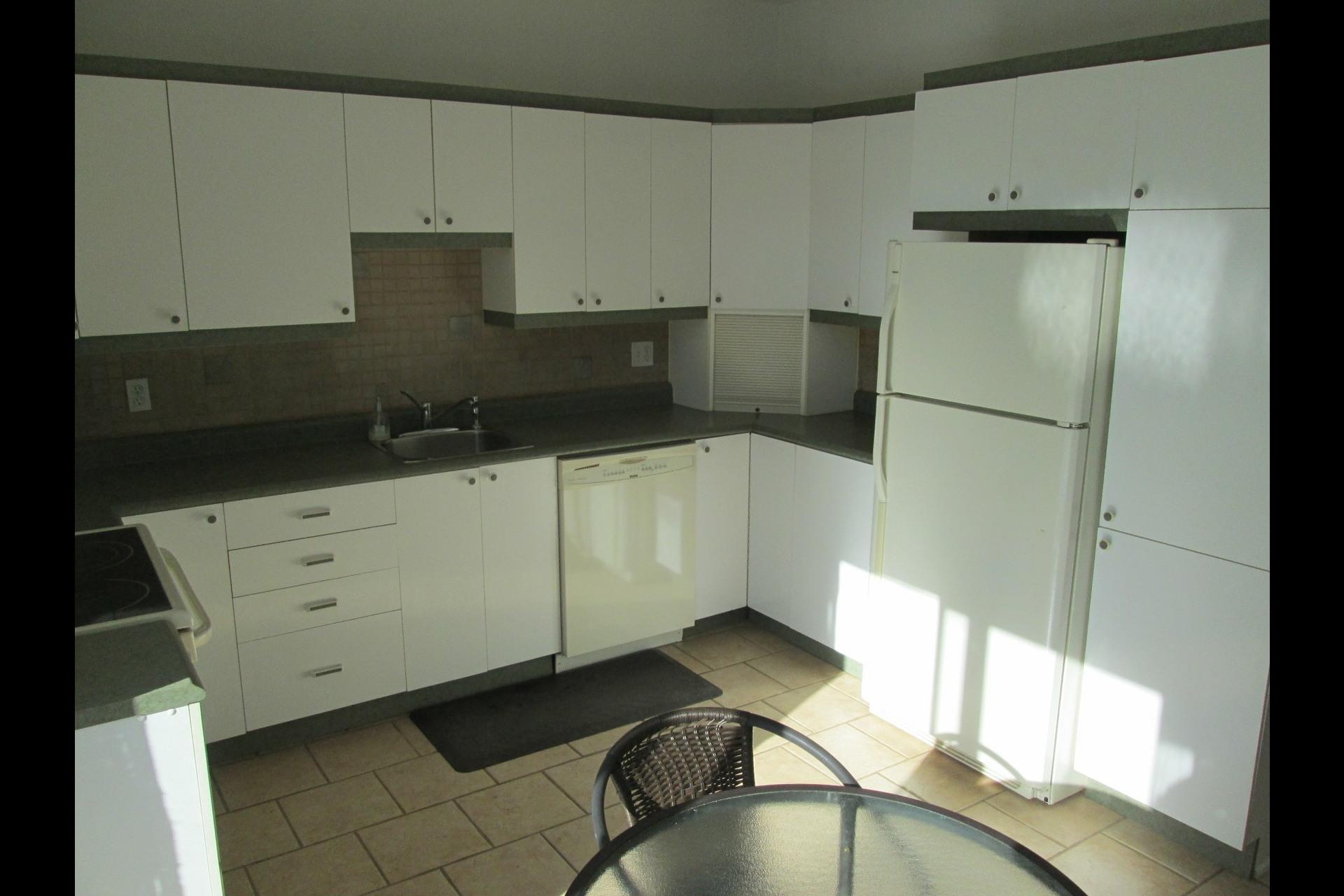 image 22 - Appartement À louer Verdun/Île-des-Sours Montréal  - 8 pièces