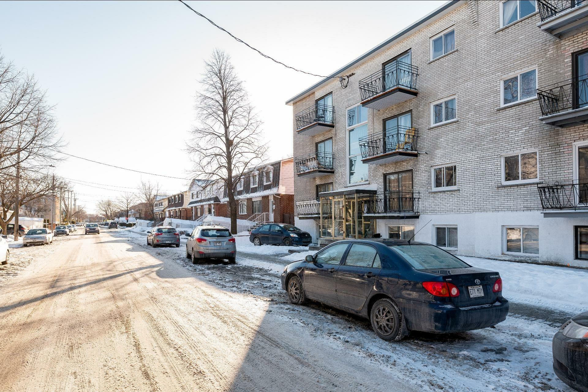 image 49 - Immeuble à revenus À vendre Anjou Montréal  - 5 pièces