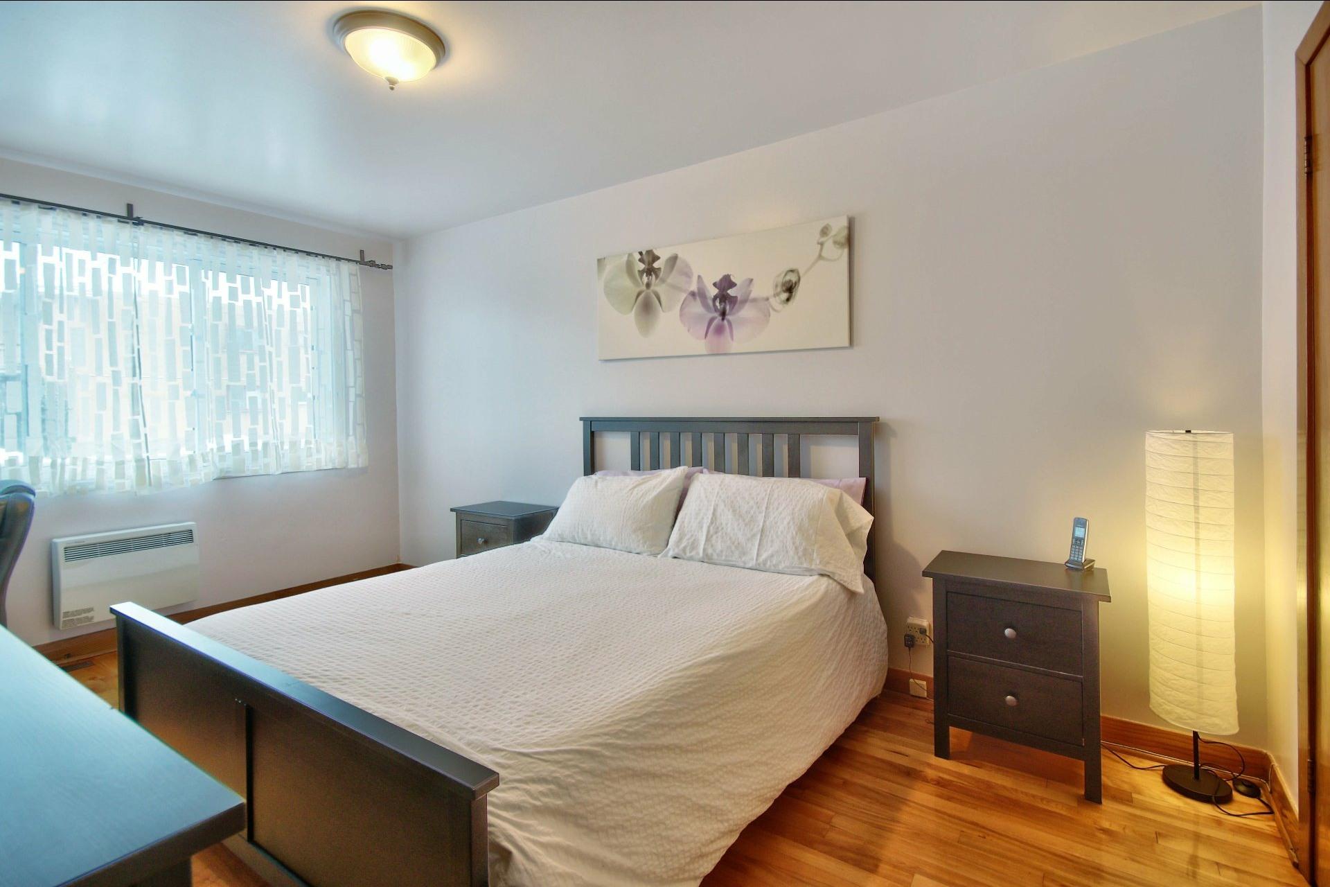 image 5 - Triplex For sale Montréal Mercier/Hochelaga-Maisonneuve  - 10 rooms