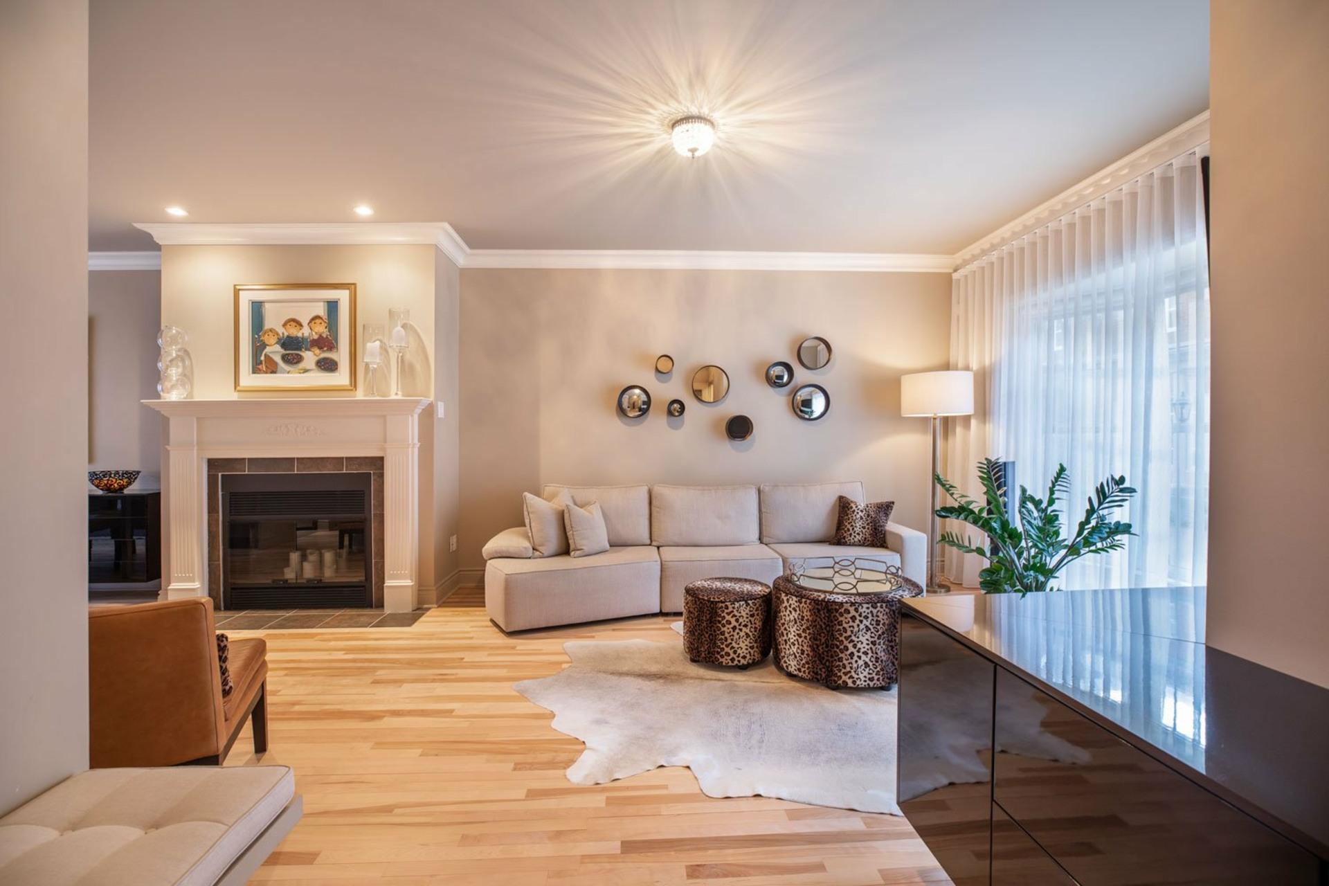 image 2 - Maison À vendre Ahuntsic-Cartierville Montréal  - 8 pièces