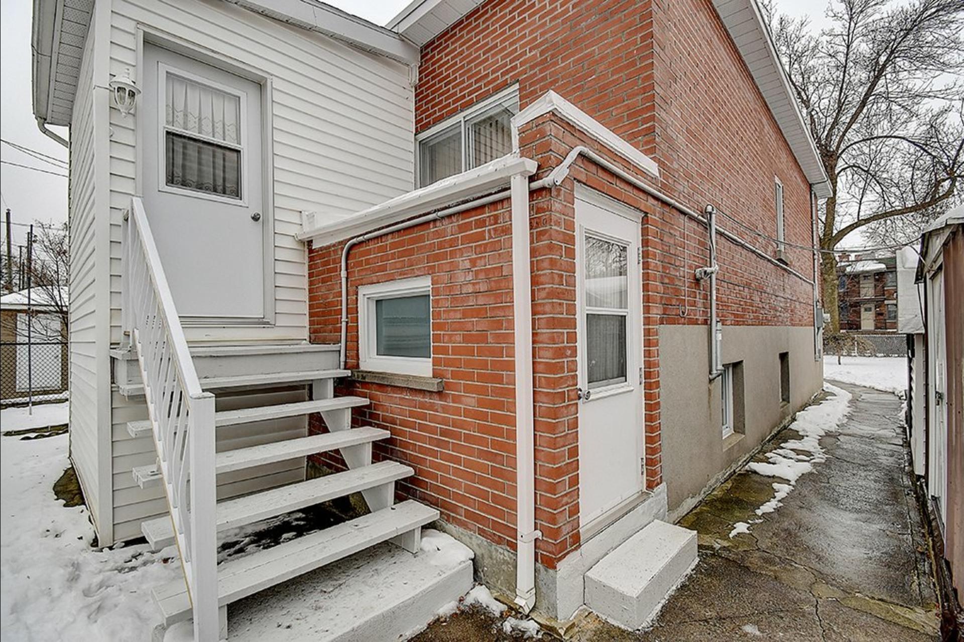 image 23 - House For sale Le Sud-Ouest Montréal  - 12 rooms
